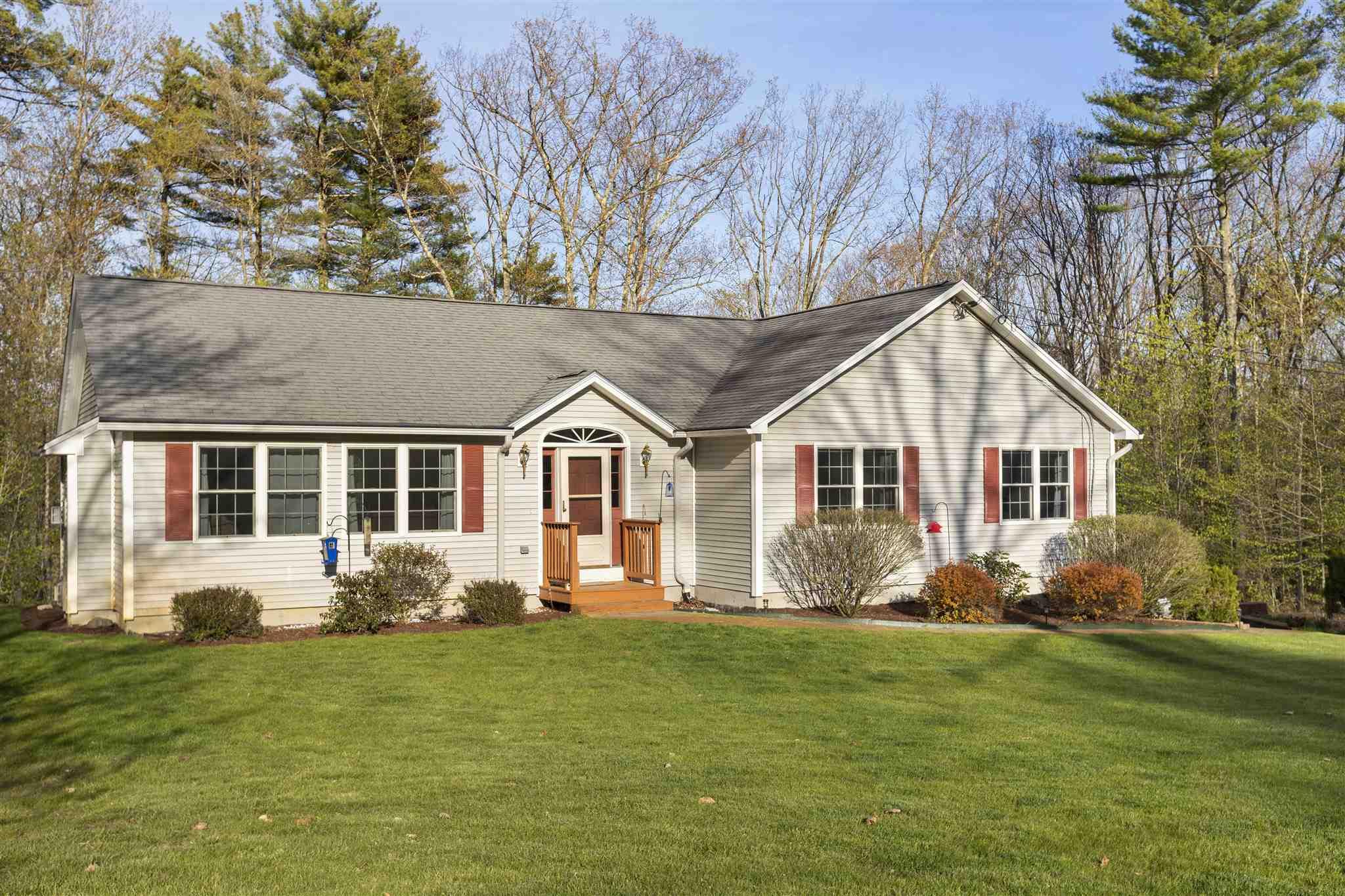 TILTON NH Home for sale $292,000