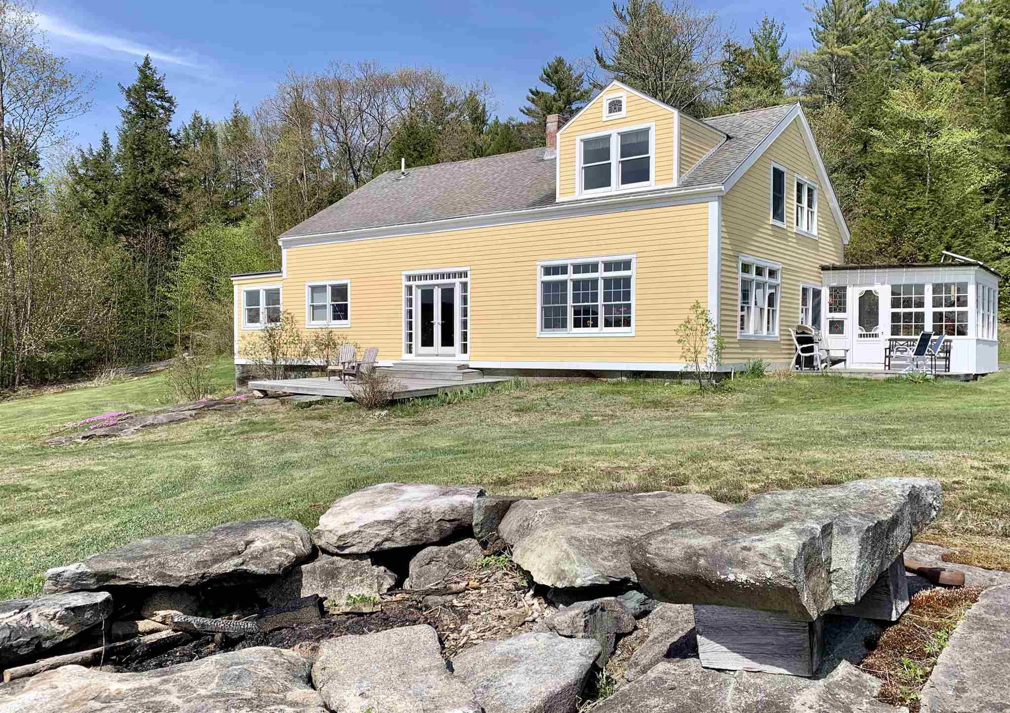 CANAAN NH Home for sale $$359,000 | $116 per sq.ft.