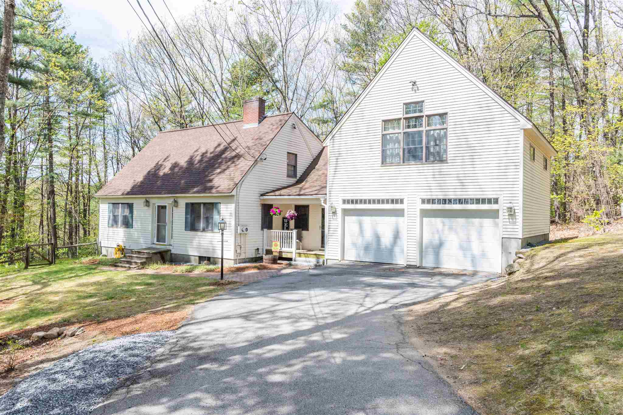 MLS 4806637: 34 Brookview Court, Milford NH