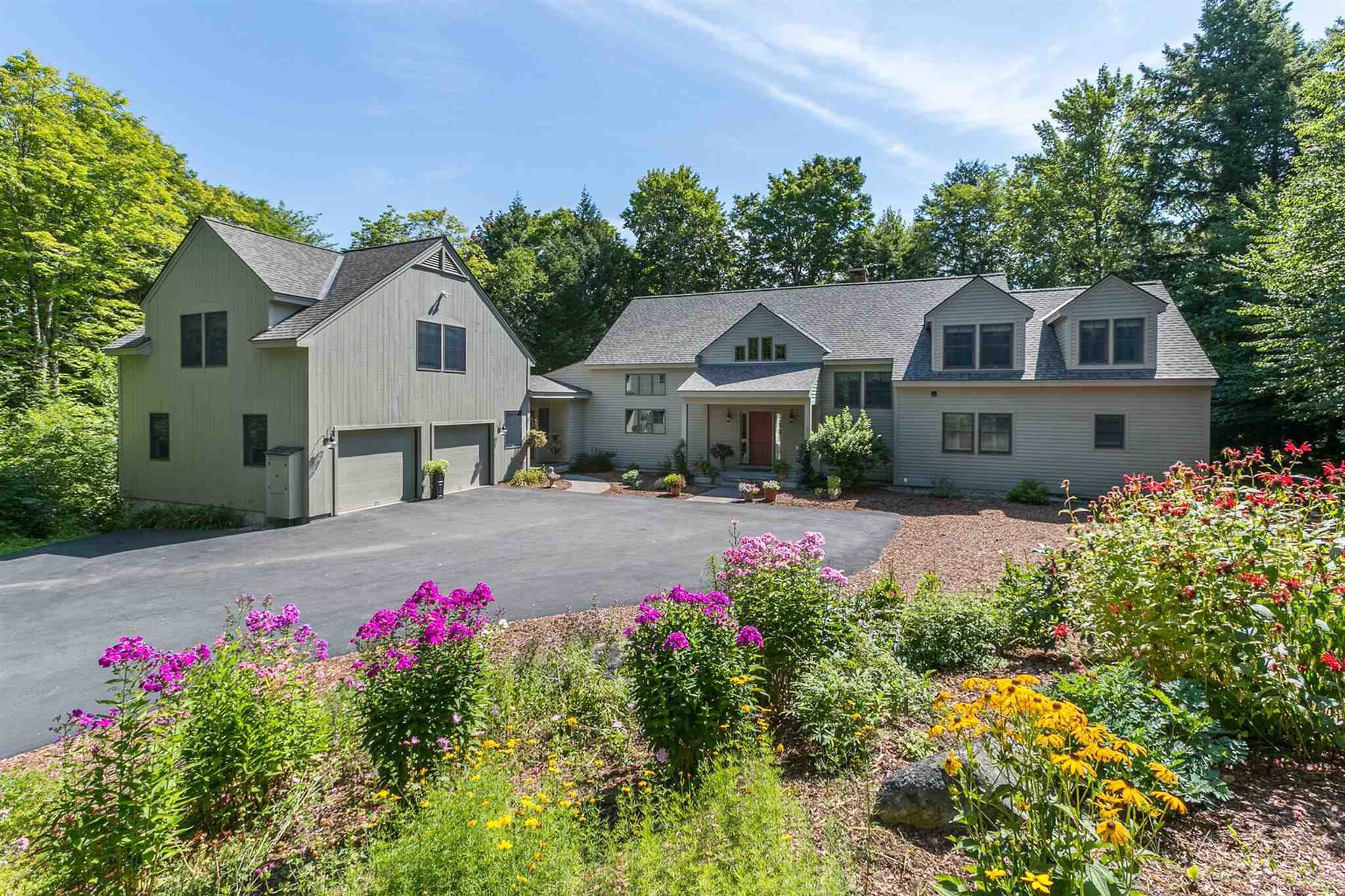 VILLAGE OF EASTMAN IN TOWN OF GRANTHAM NH Home for sale $$849,000 | $187 per sq.ft.