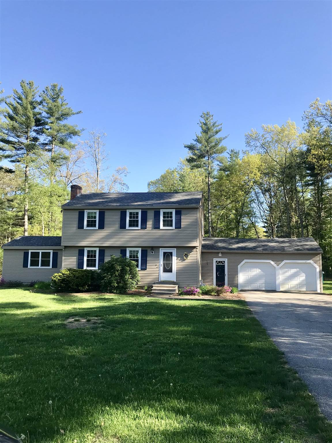 MLS 4807001: 7 Windsor Drive, Amherst NH