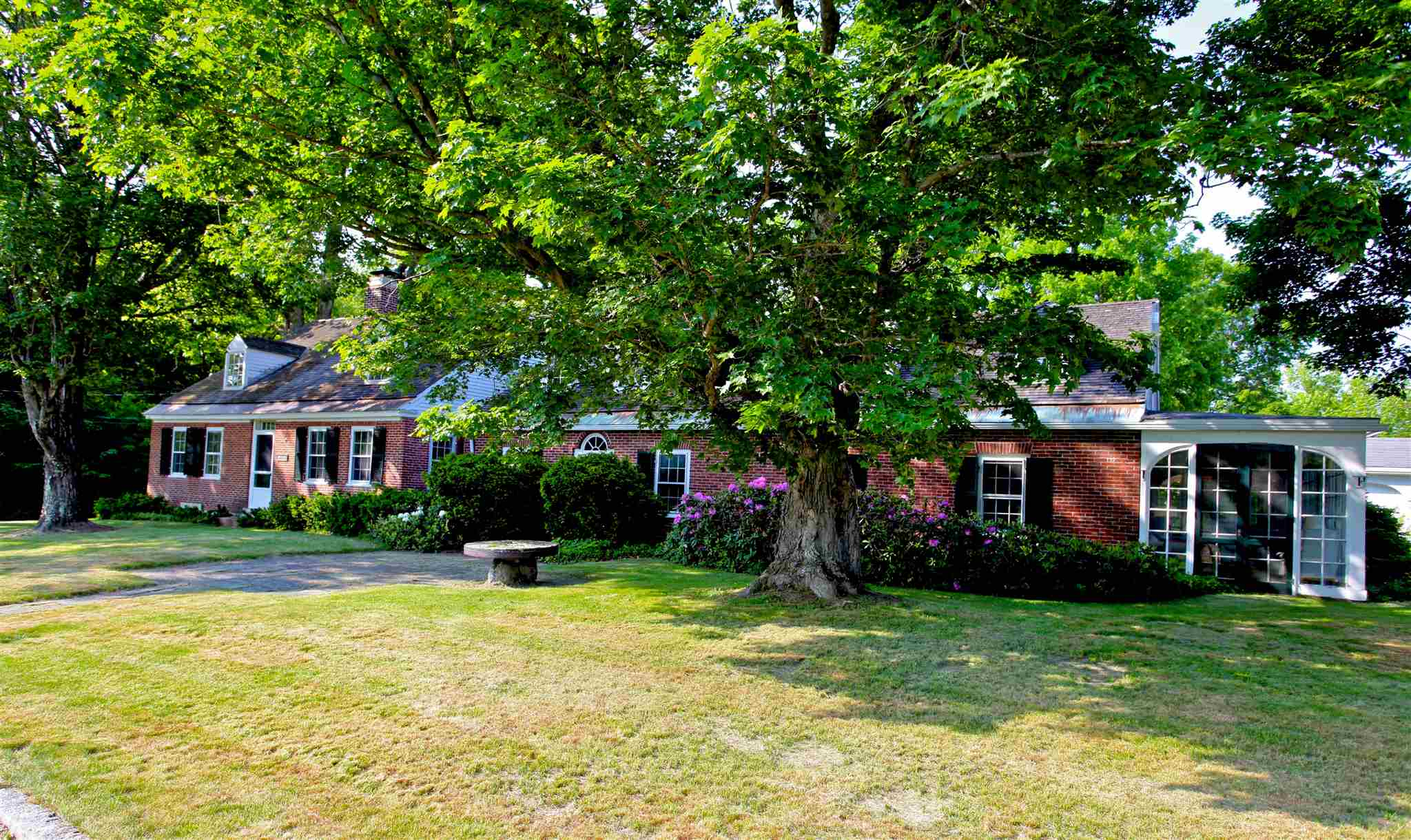 MLS 4807018: 170 Morgan Hill Road, New London NH