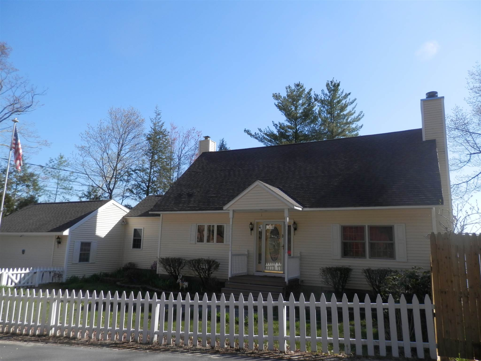 FRANKLIN NH Home for sale $629,900