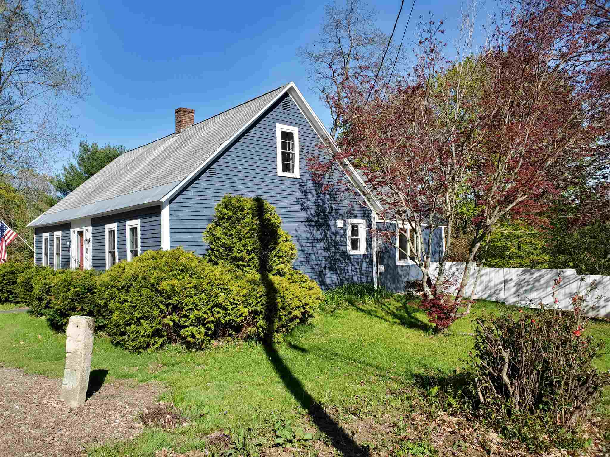 BELMONT NH Home for sale $180,000