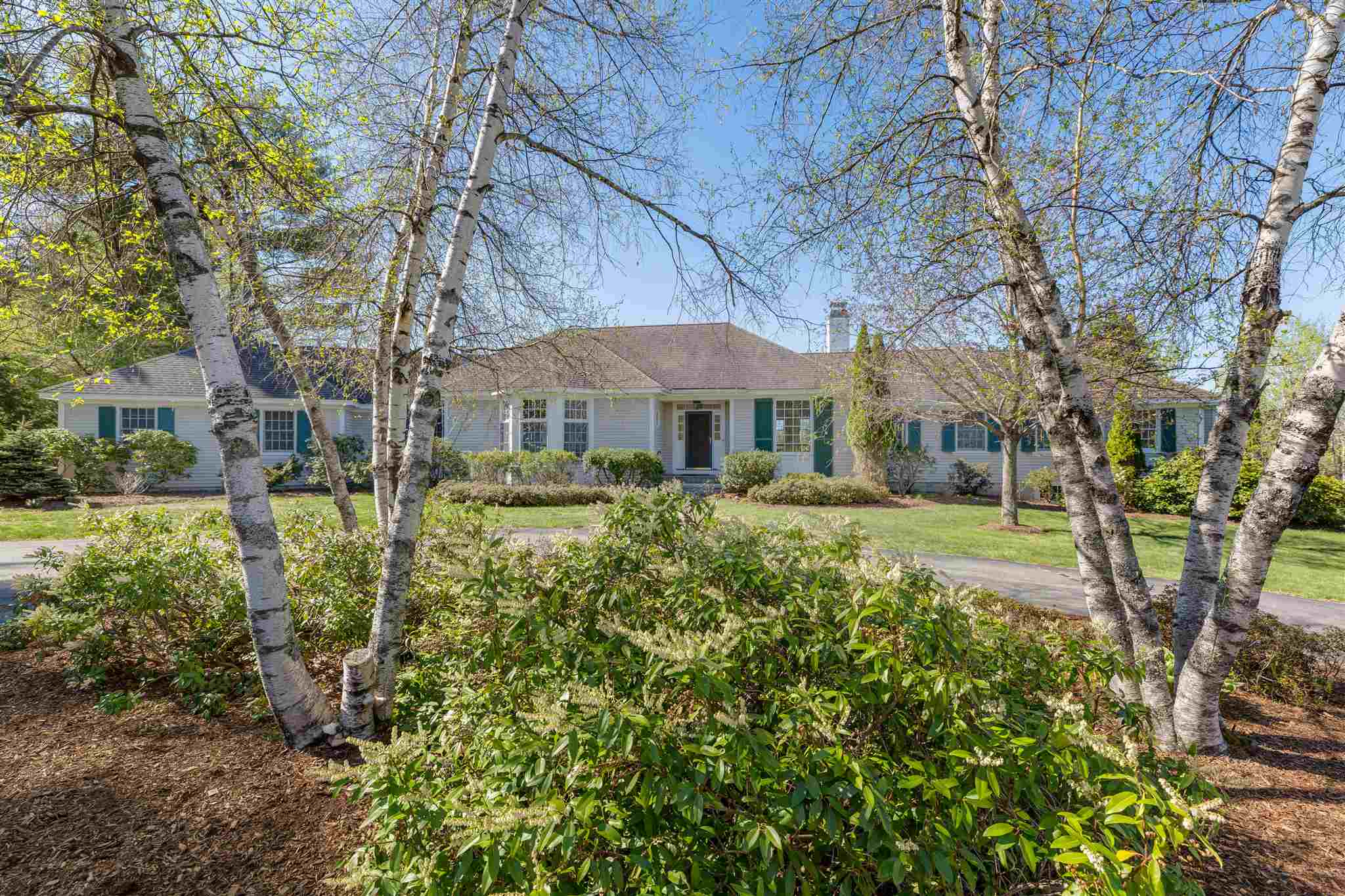 MLS 4807123: 57 Green Lane, New London NH