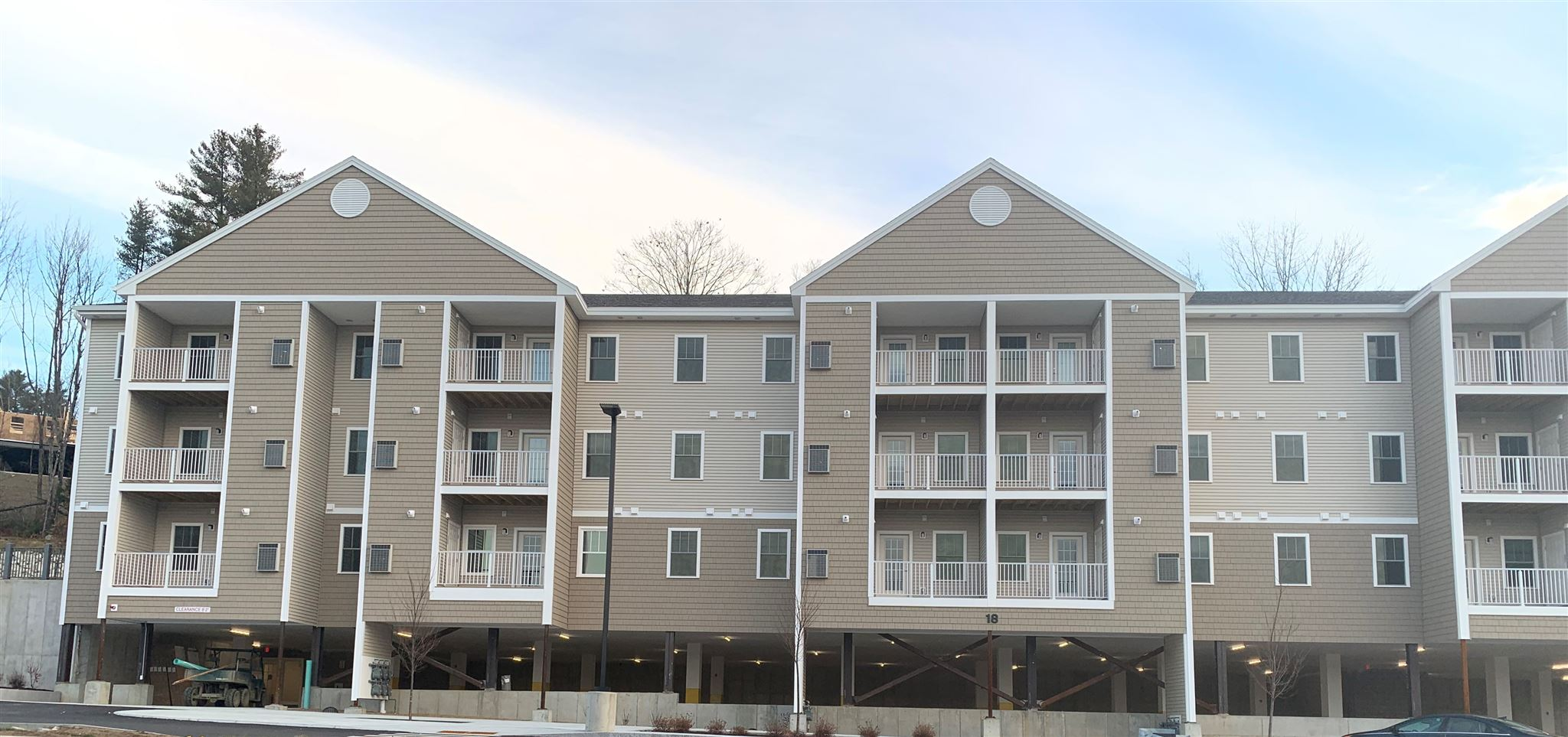 LEBANON NH Lebanon_NH for sale $Furnished Apartment For Lease: $2,100  with Lease Term