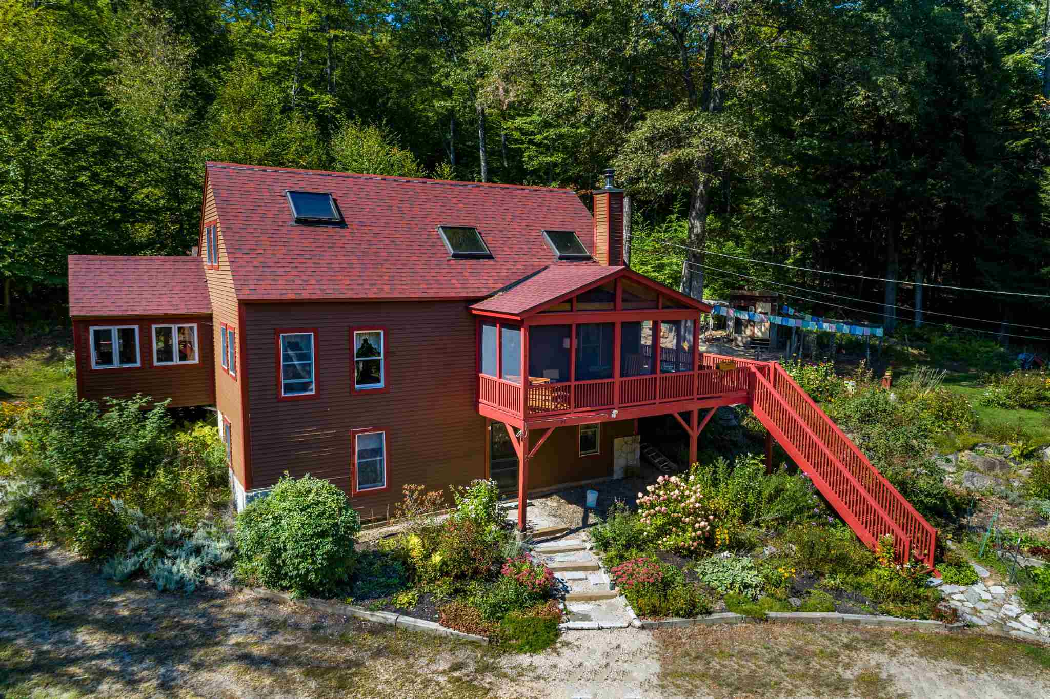 MLS 4807325: 27 Forest Pond Road, New Hampton NH