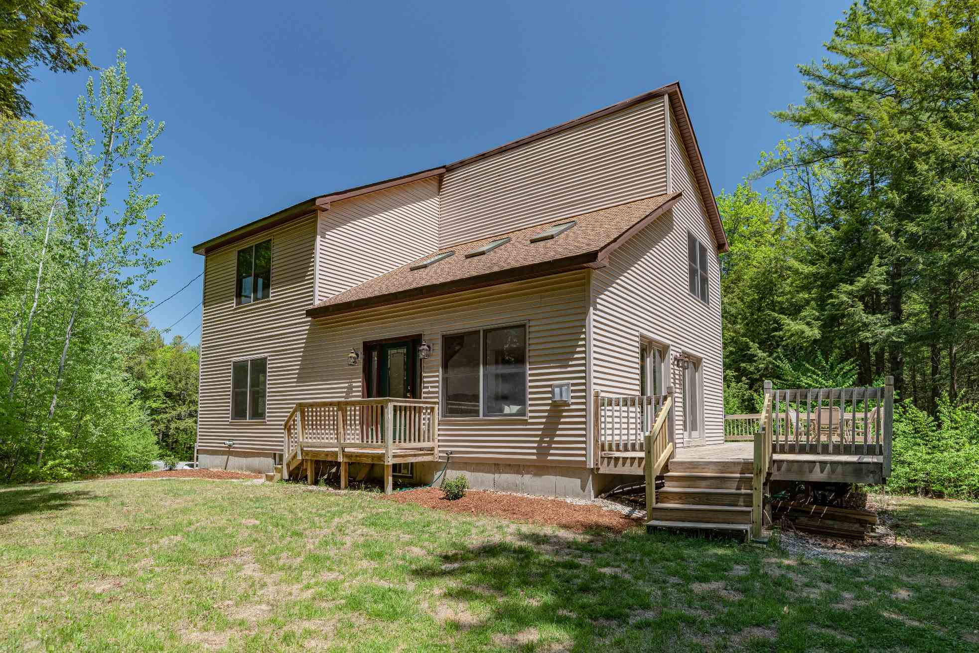 Sunapee NH 03782Home for sale $List Price is $299,000