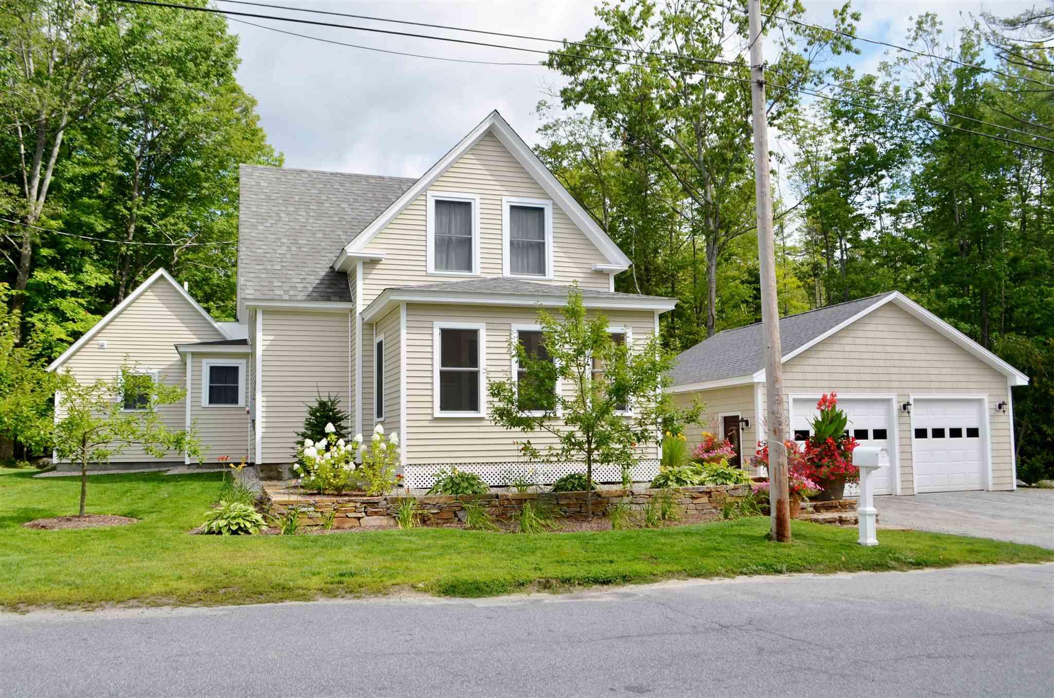 SUNAPEE NHHome for sale $$429,000 | $271 per sq.ft.