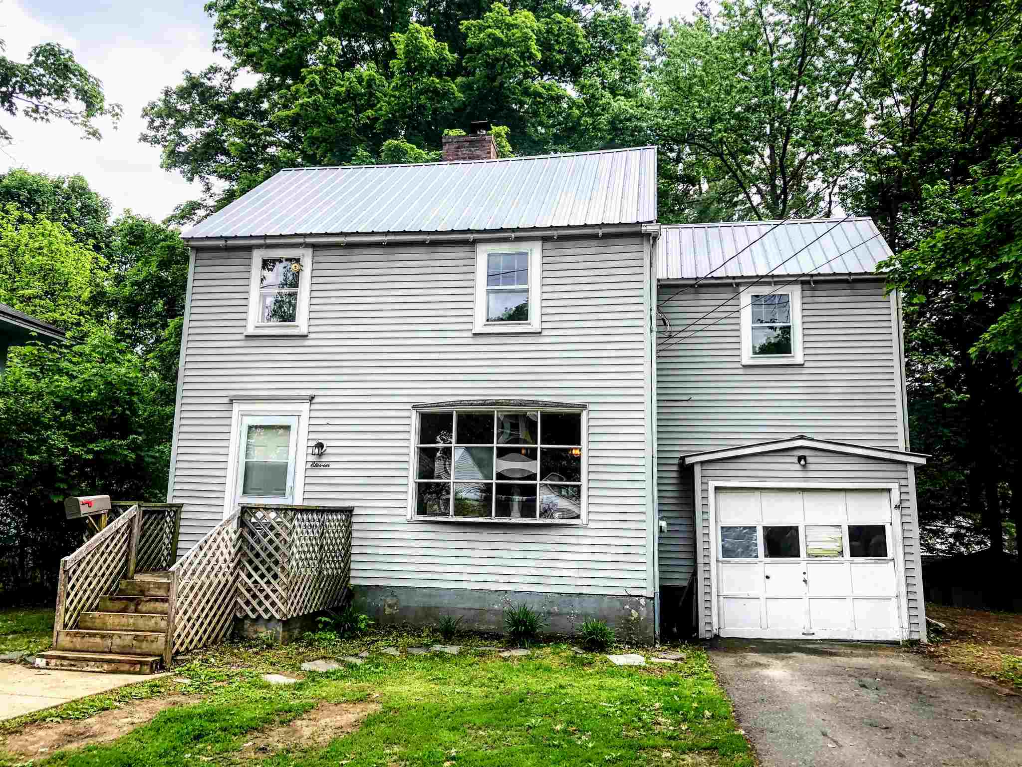 SPRINGFIELD VT Home for sale $$85,000 | $54 per sq.ft.