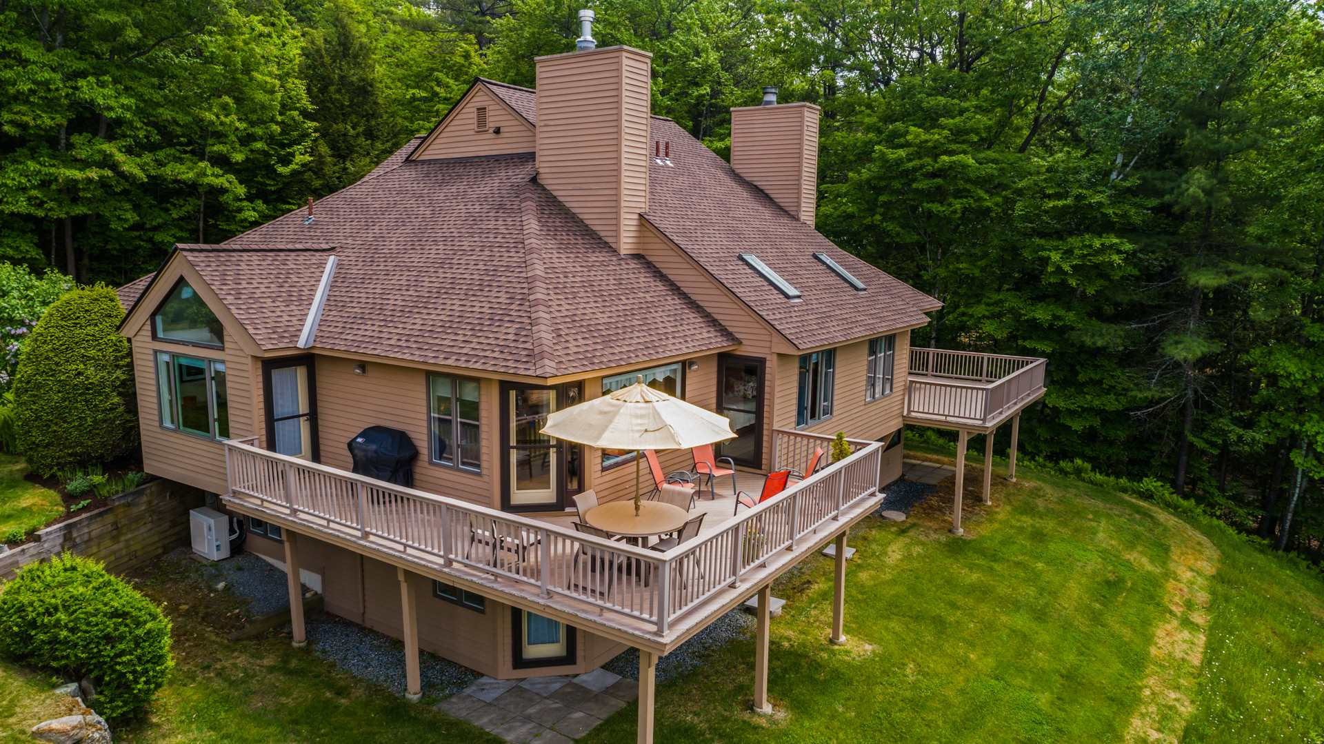 SUNAPEE NH Condo for sale $$695,000 | $491 per sq.ft.