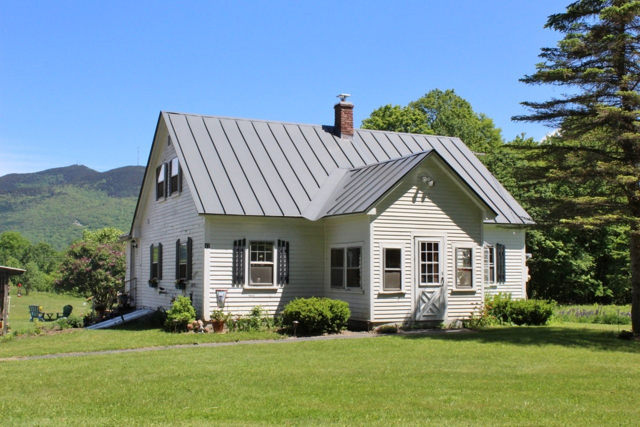 WEATHERSFIELD VT Home for sale $$269,900 | $268 per sq.ft.