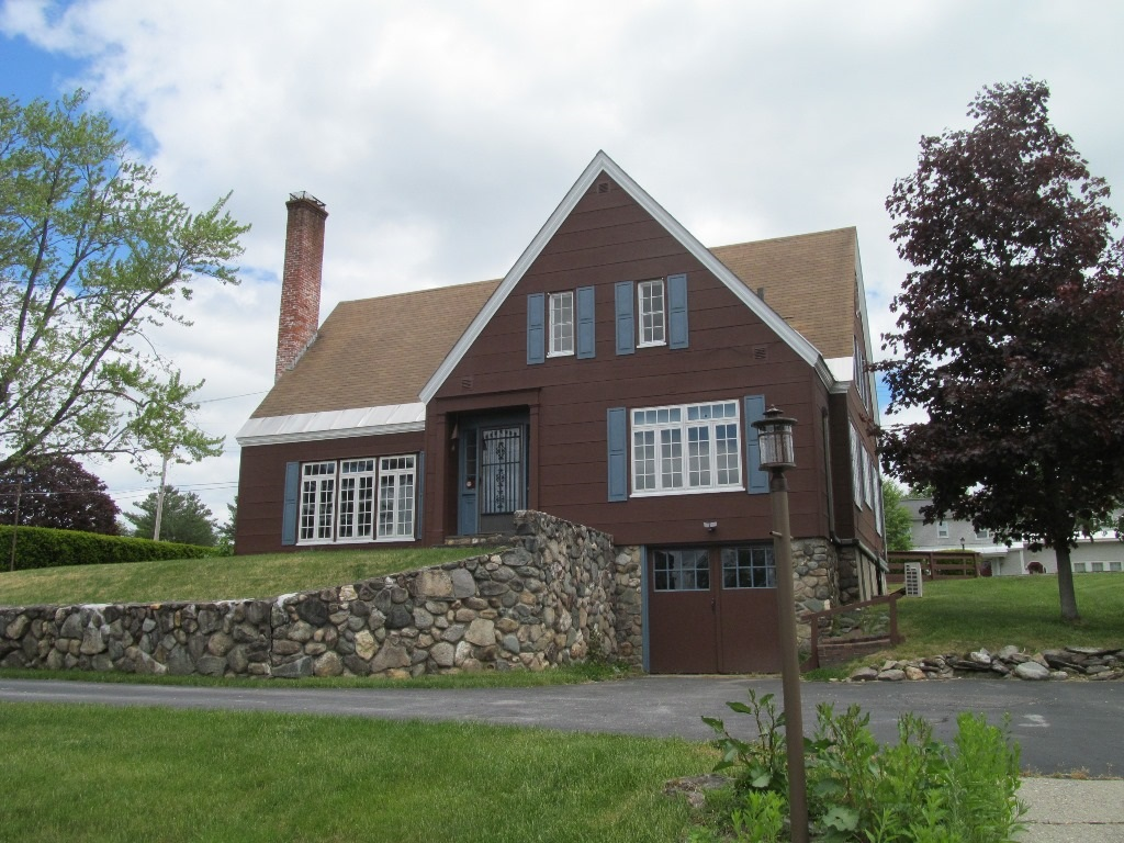 CLAREMONT NH Home for sale $$249,900 | $128 per sq.ft.