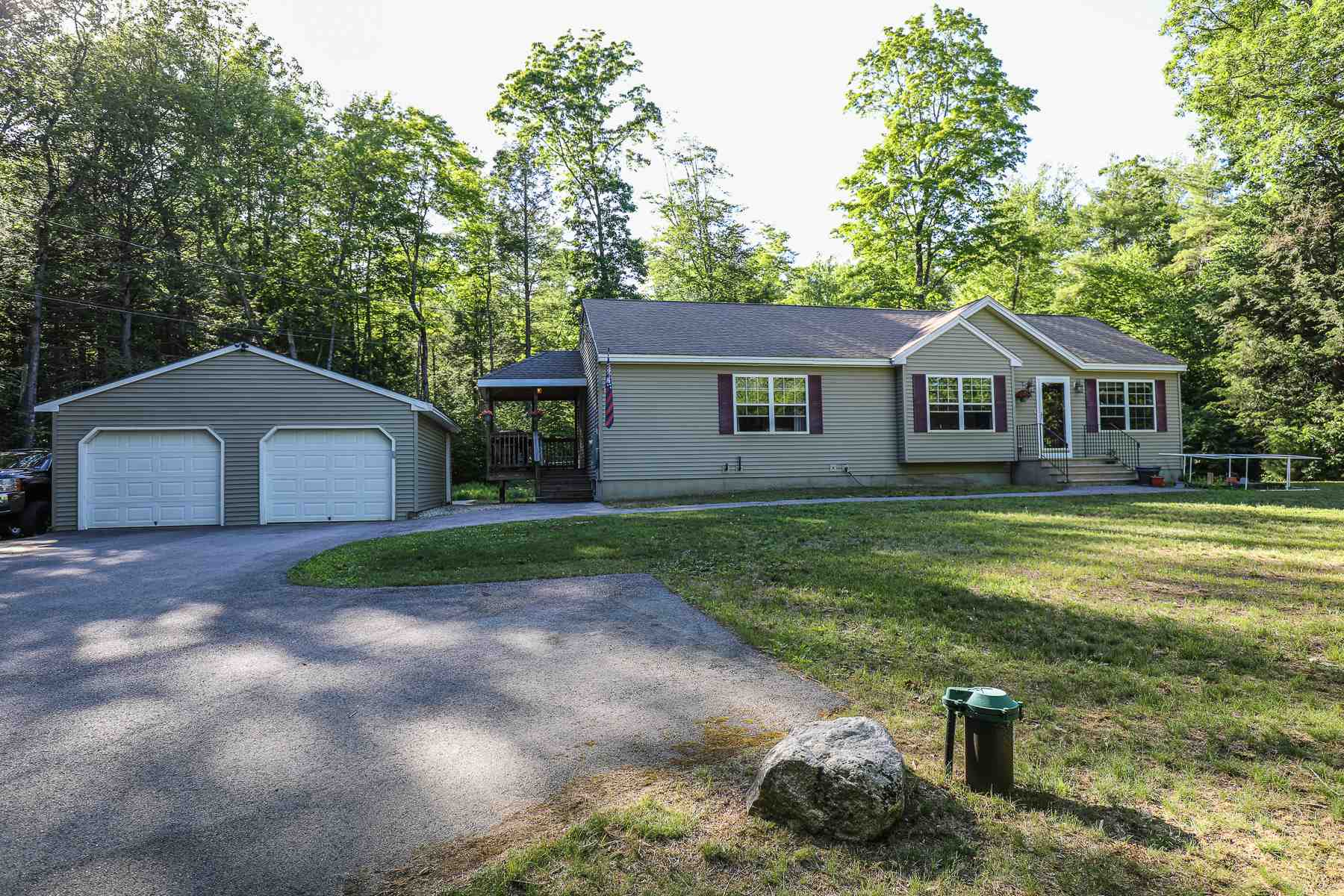Photo of 385 Raymond Road Chester NH 03036