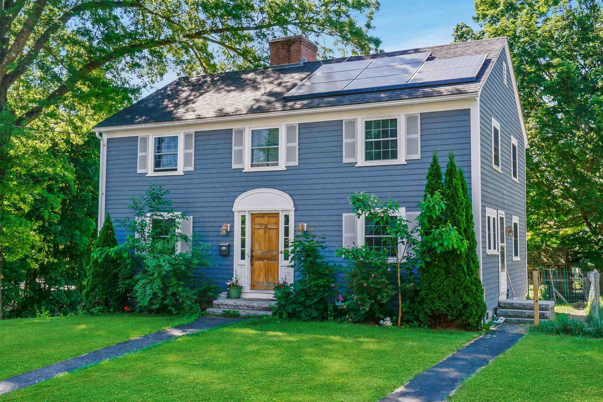 BOSCAWEN NHHome for sale $$240,000 | $127 per sq.ft.