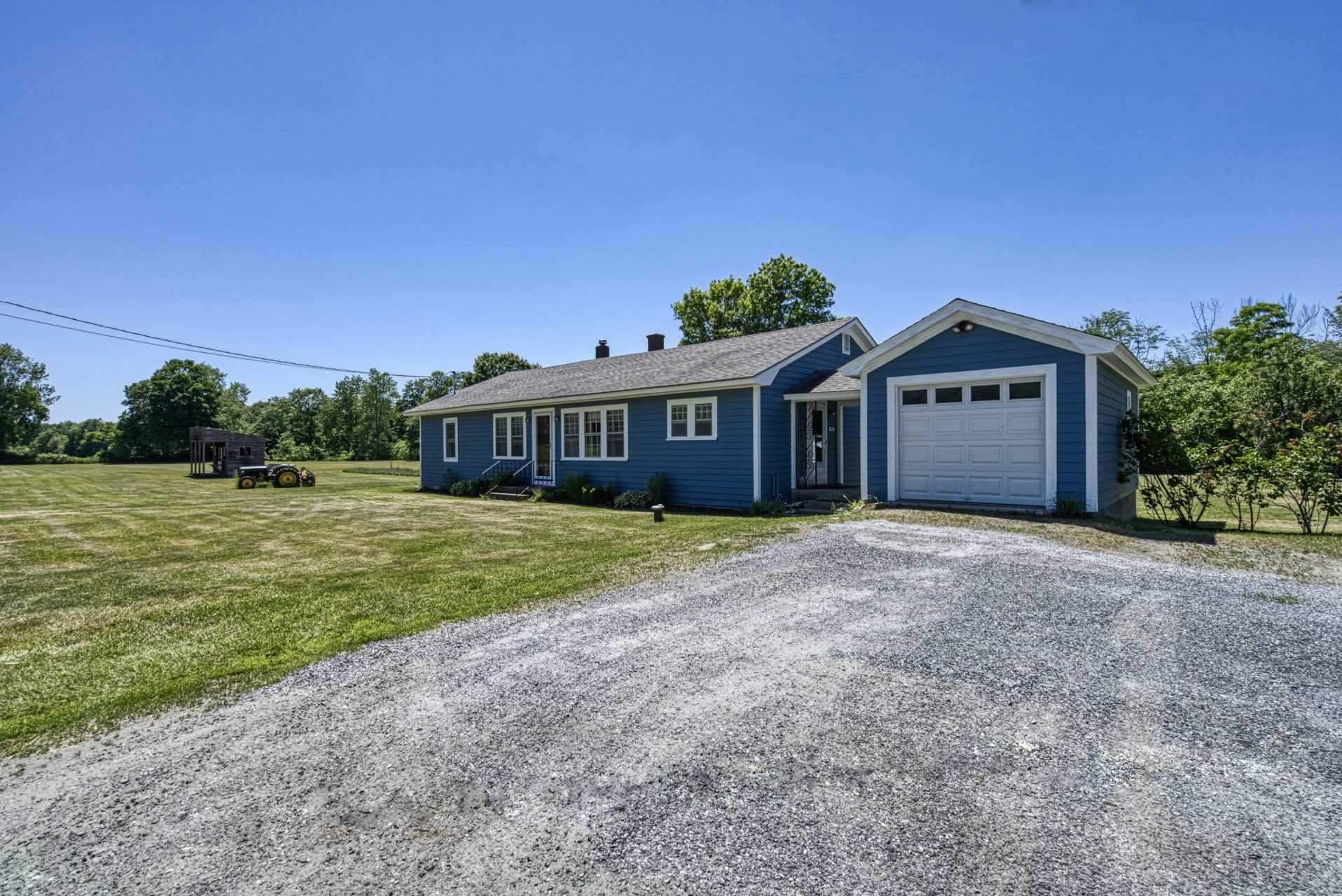 CORNISH NH Home for sale $$284,000 | $282 per sq.ft.