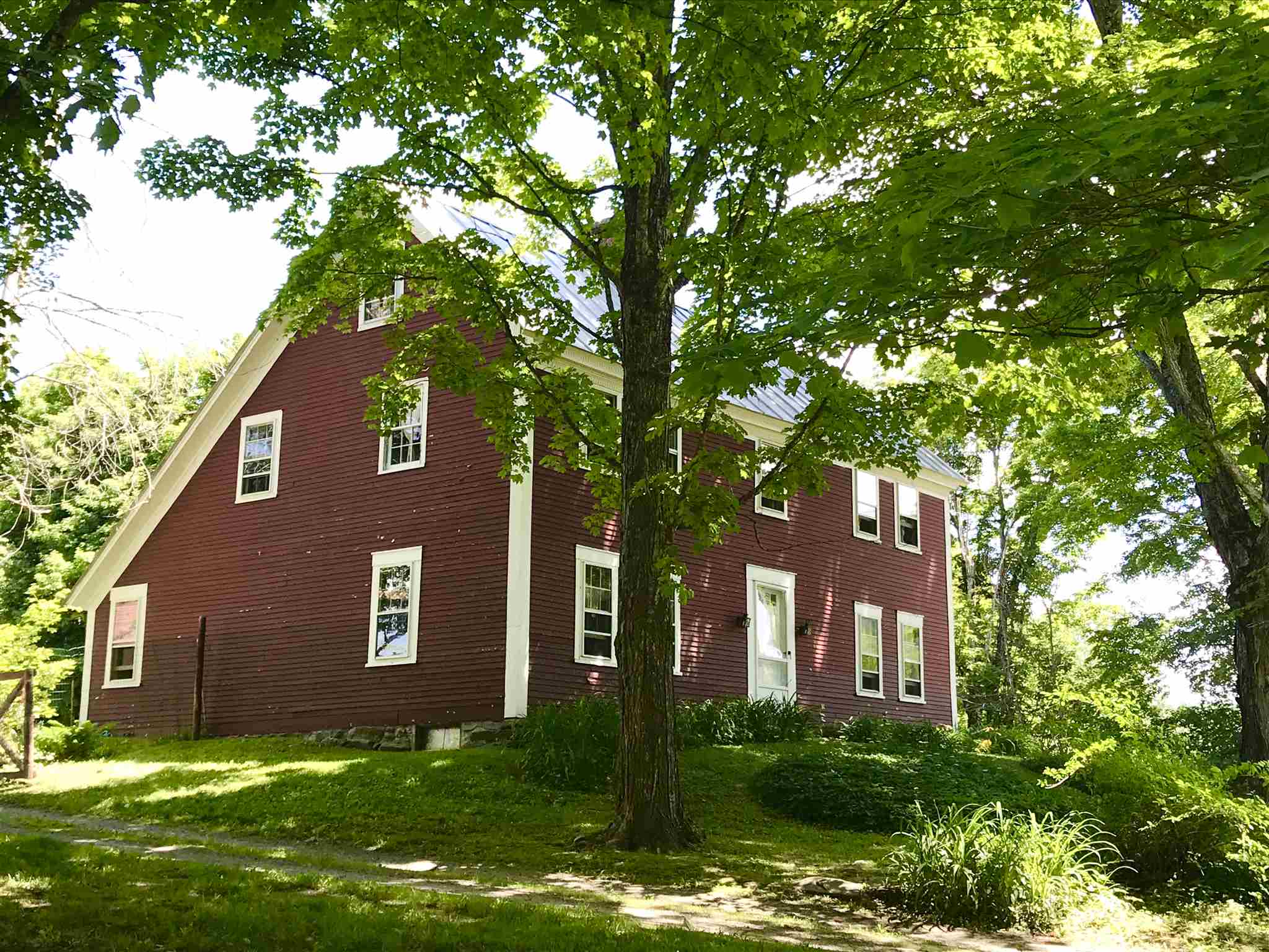 SHARON VT Home for sale $$395,000 | $158 per sq.ft.