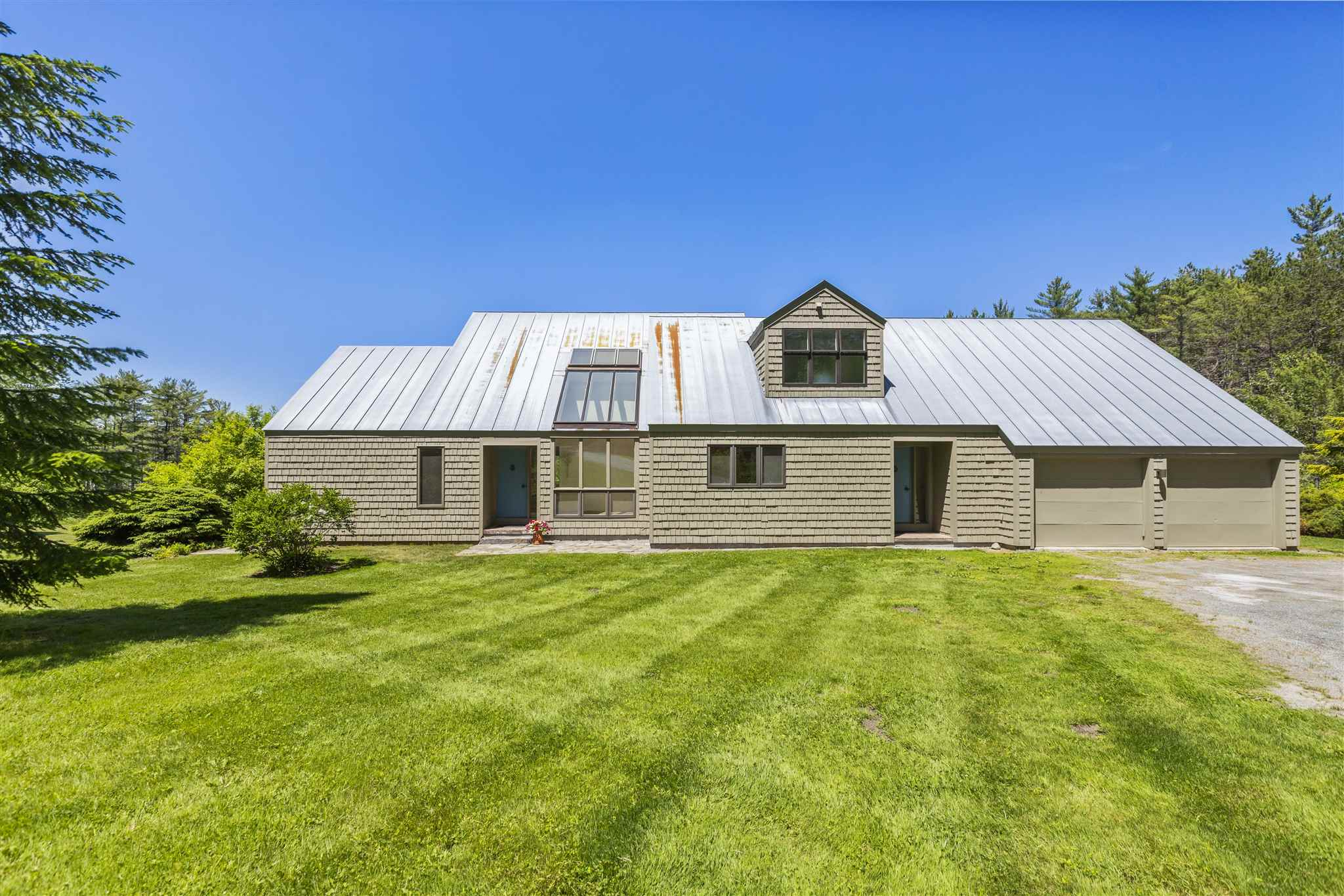 SHARON VT Home for sale $$484,000 | $167 per sq.ft.