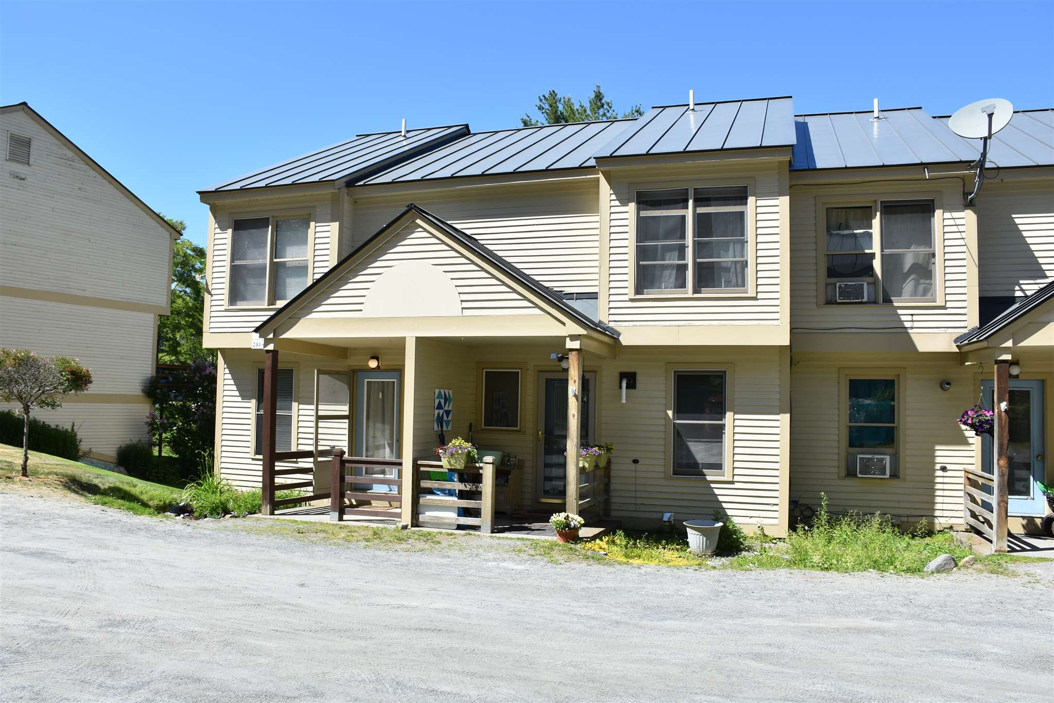 ENFIELD NH Condo for sale $$135,000 | $129 per sq.ft.