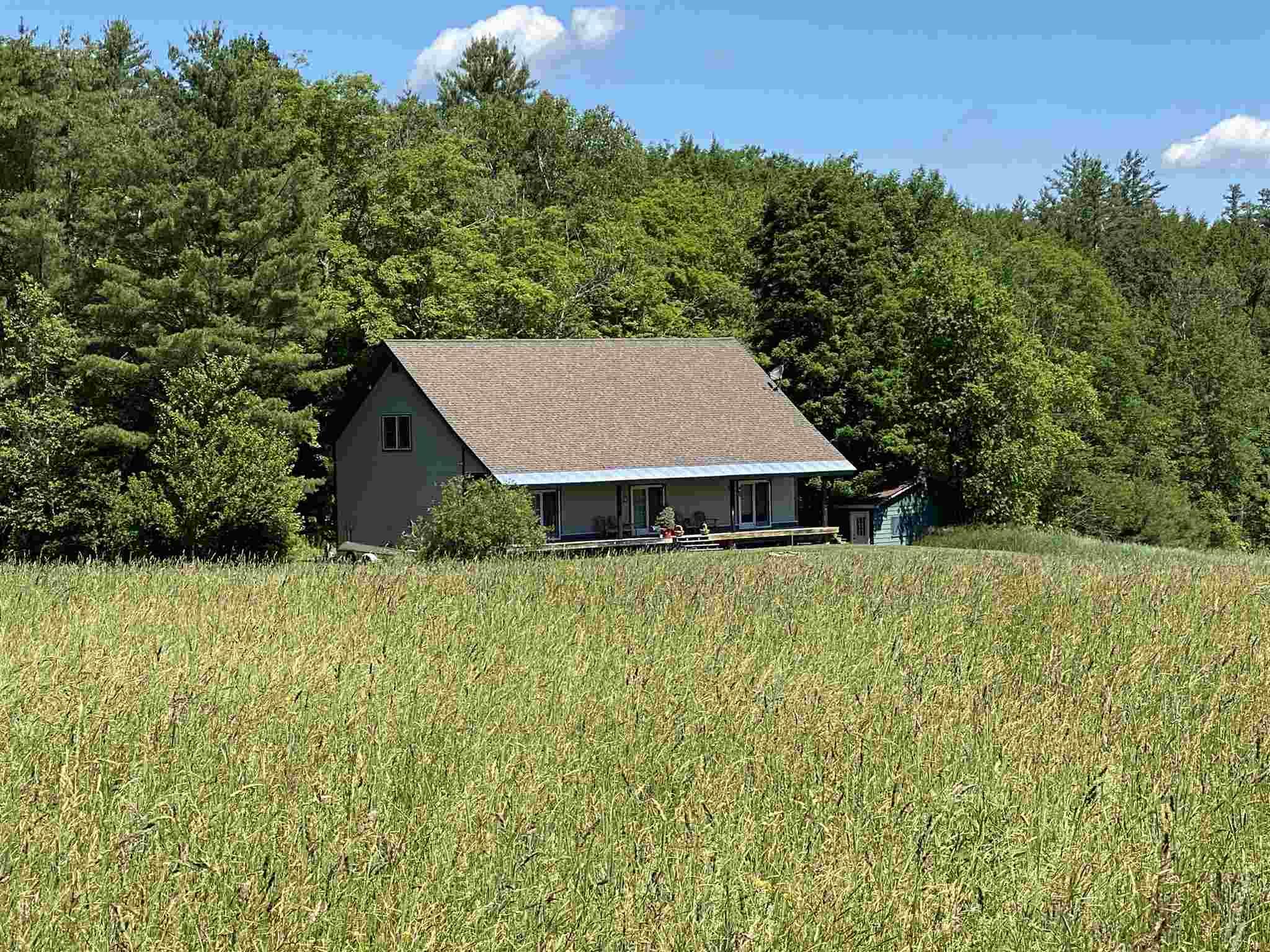 Londonderry VTHorse Farm | Property