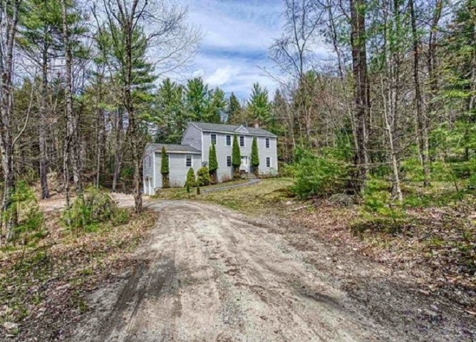 Newbury NH 03255 Home for sale $List Price is $320,000