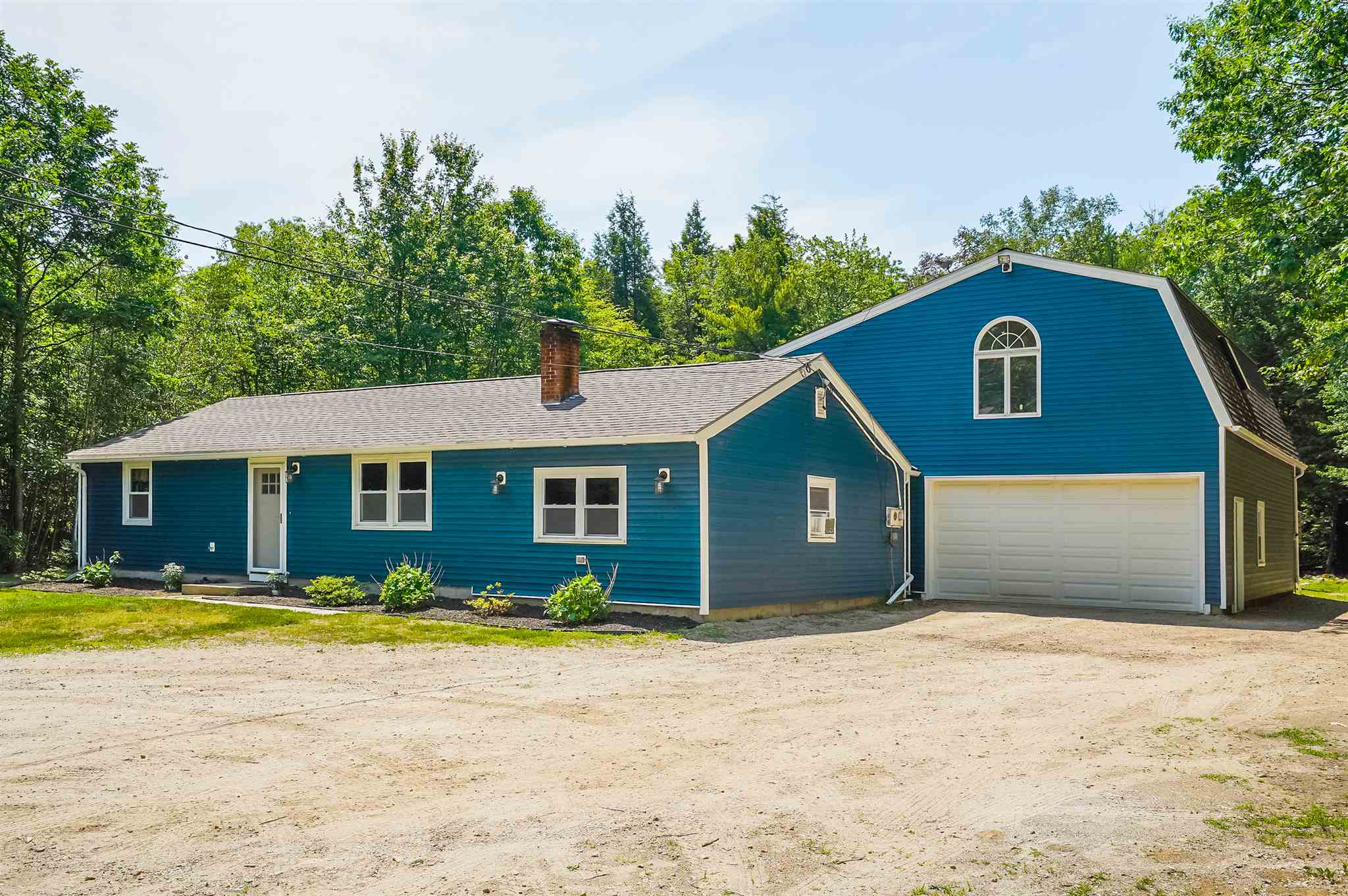 Photo of 226 Currier Road Candia NH 03034