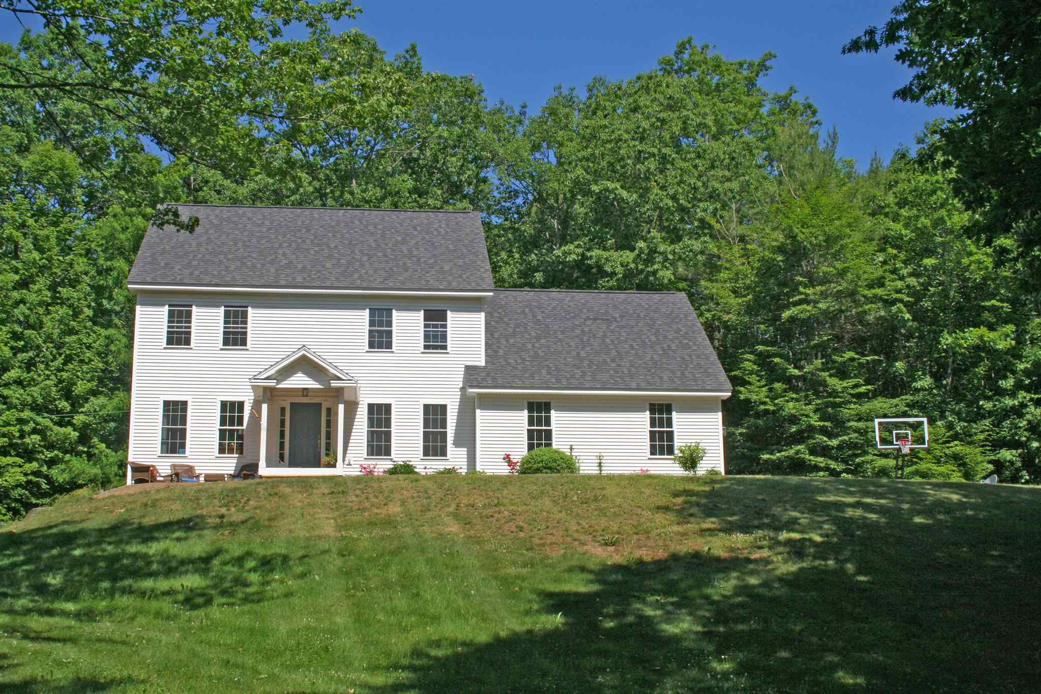 HARTLAND VT Home for sale $$489,000 | $188 per sq.ft.