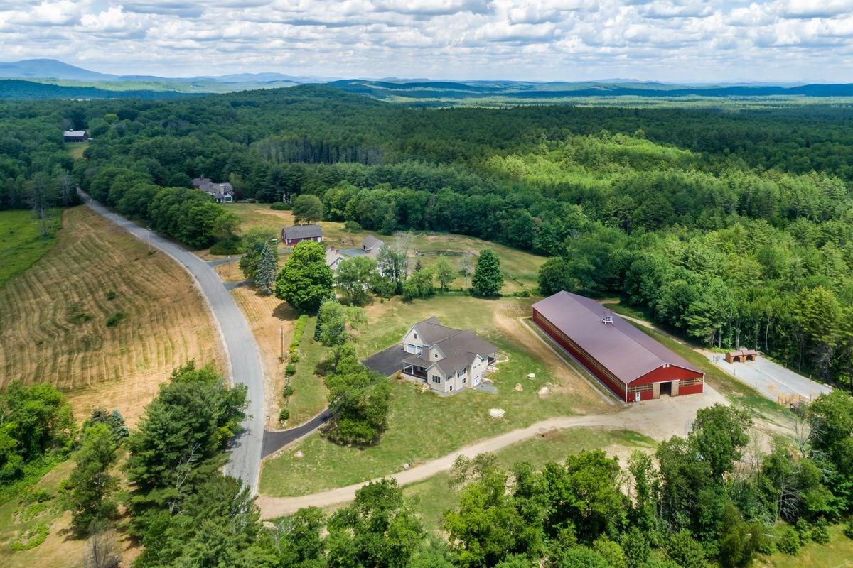 Hopkinton NHHorse Farm | Property