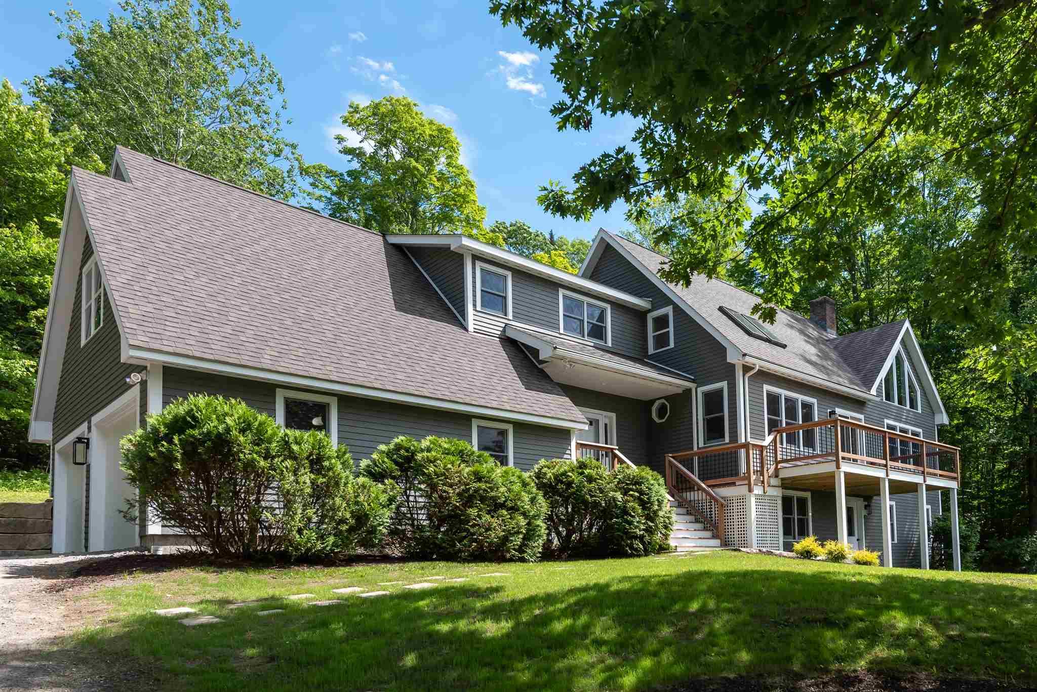 SUNAPEE NHHome for sale $$929,000   $405 per sq.ft.