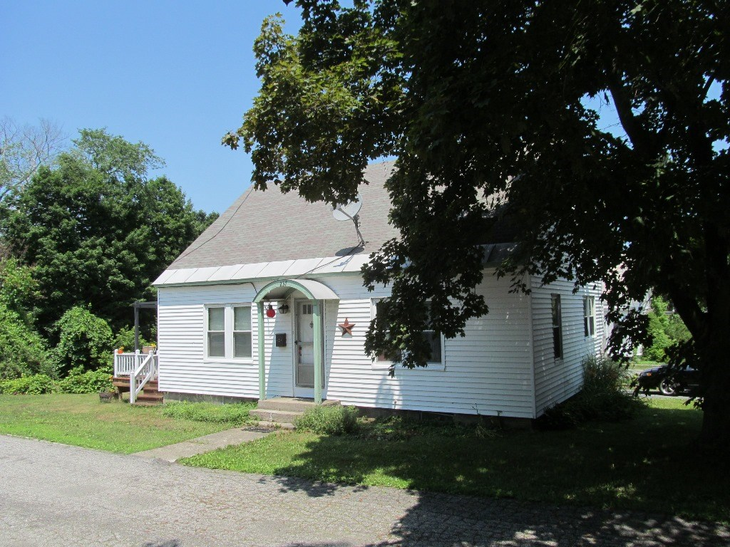 CLAREMONT NH Home for sale $$139,900 | $110 per sq.ft.