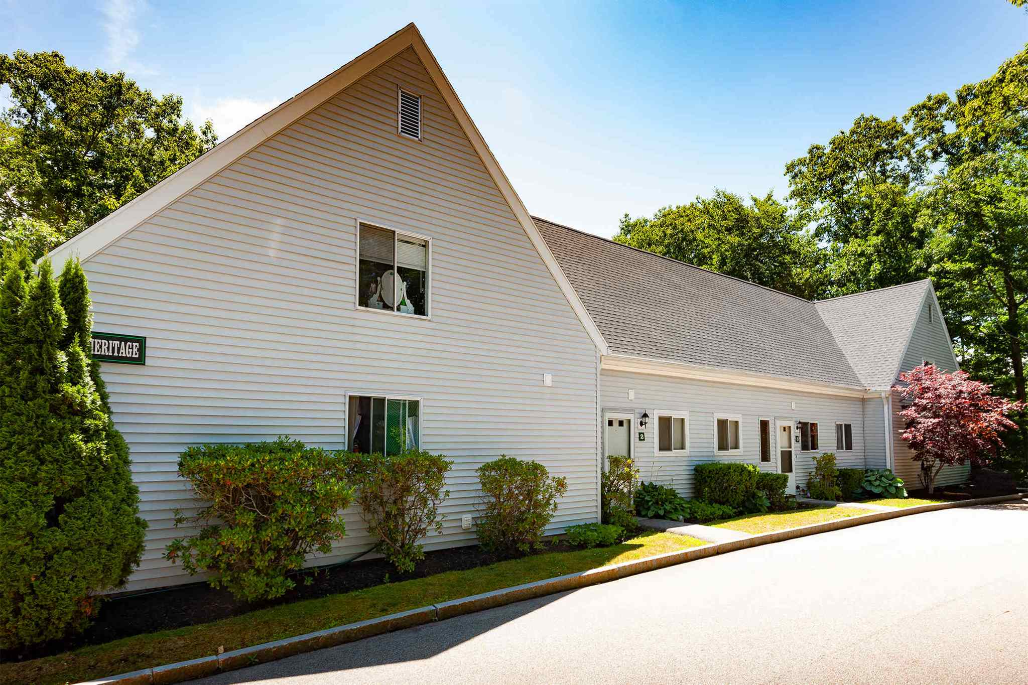 801 US Route 1 H4, York, ME 03909