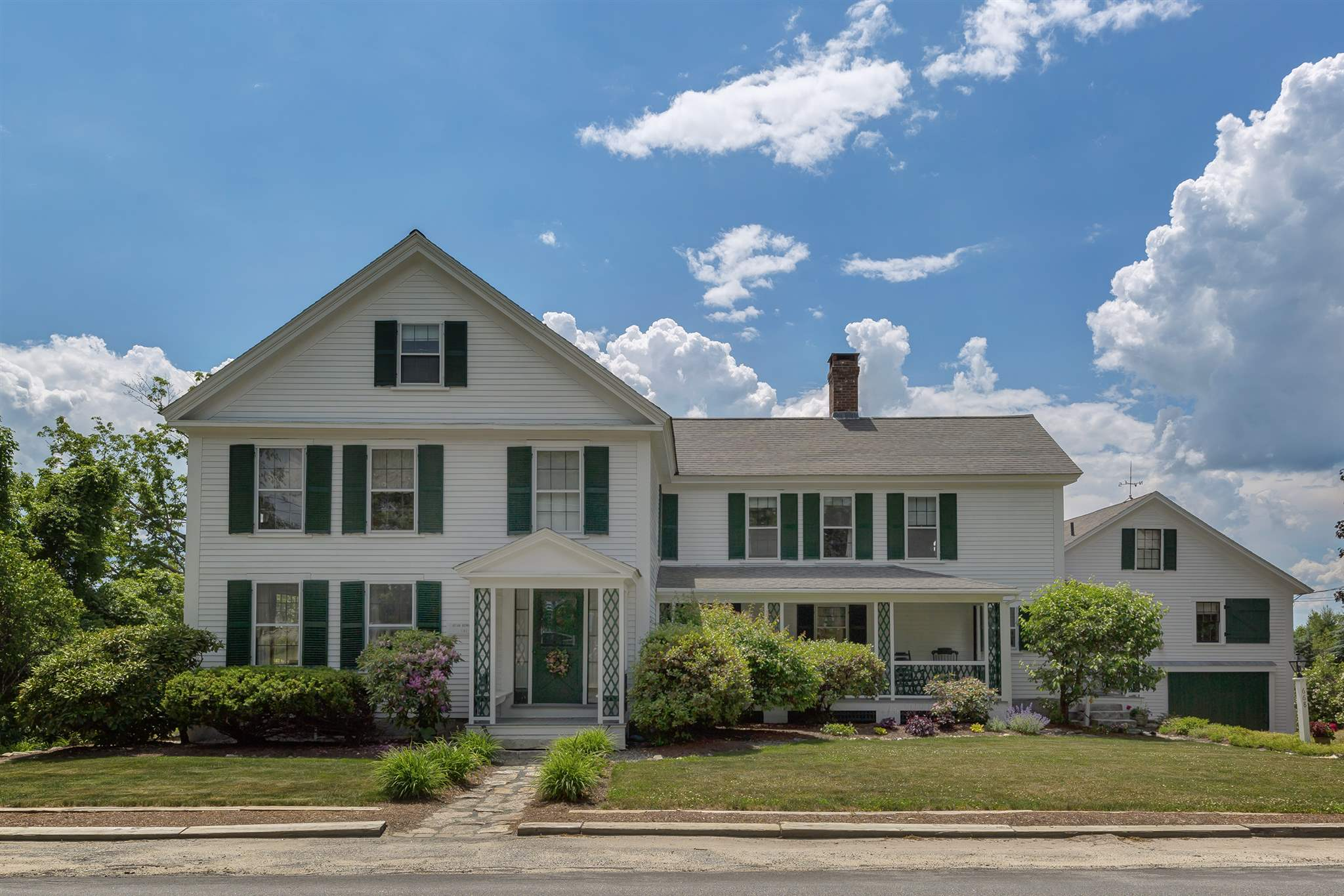 NEW LONDON NHHome for sale $$749,000 | $170 per sq.ft.