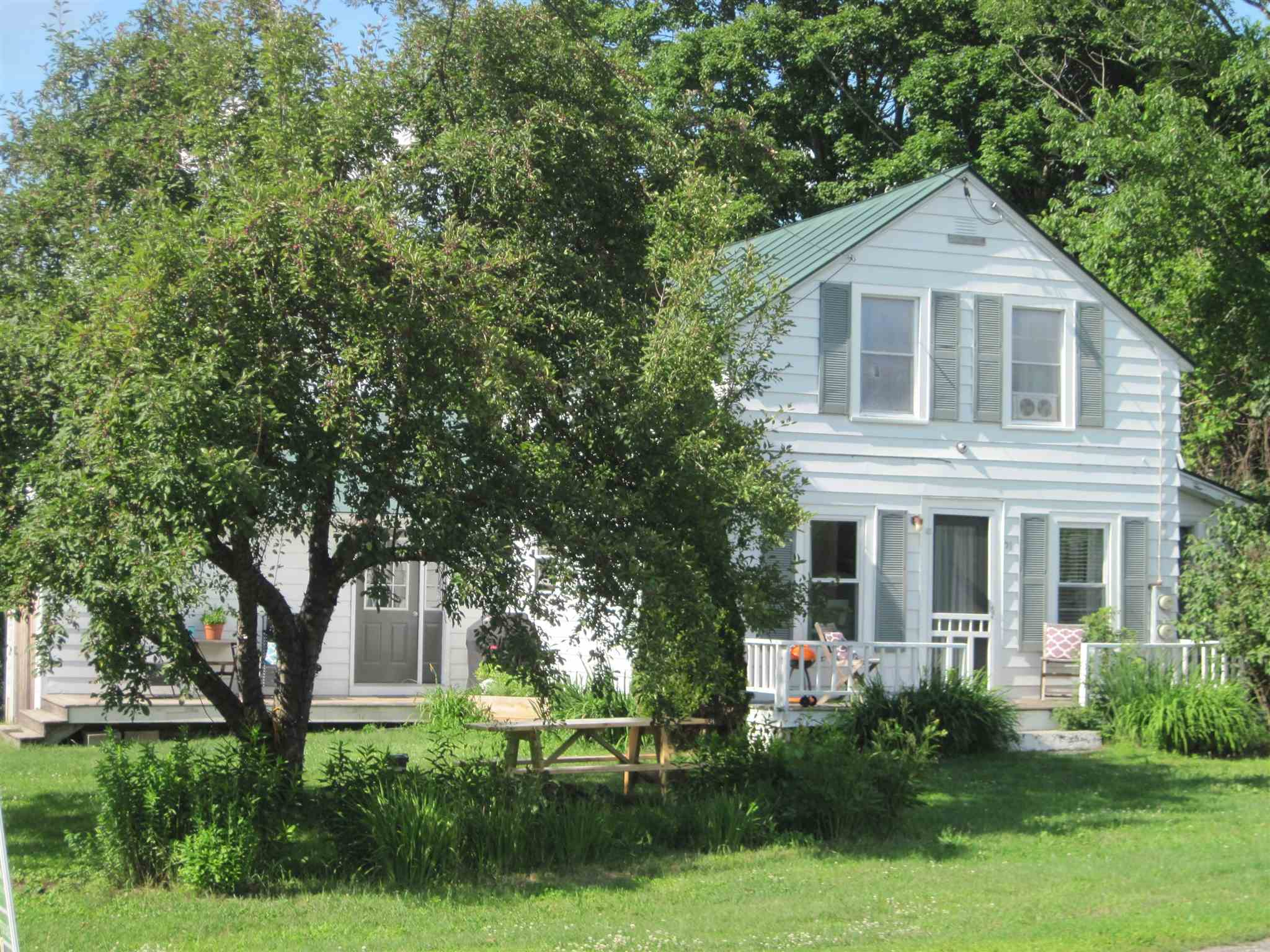 THETFORD VT Home for sale $$239,000 | $143 per sq.ft.
