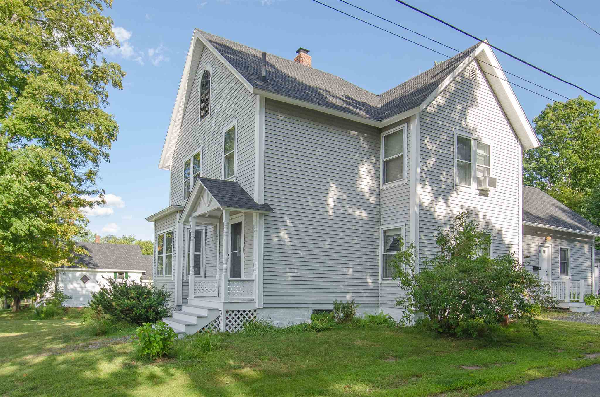 BRISTOL NH Home for sale $229,900