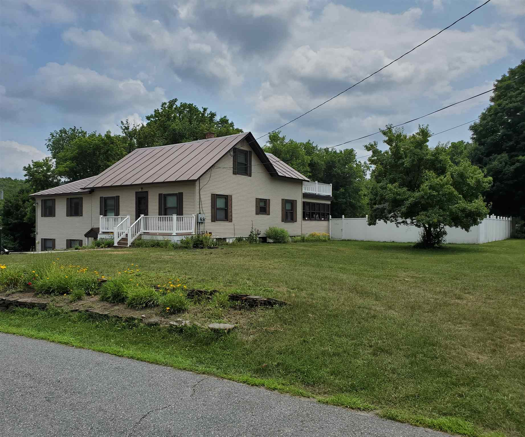 Wilder VT Home for sale $319,000