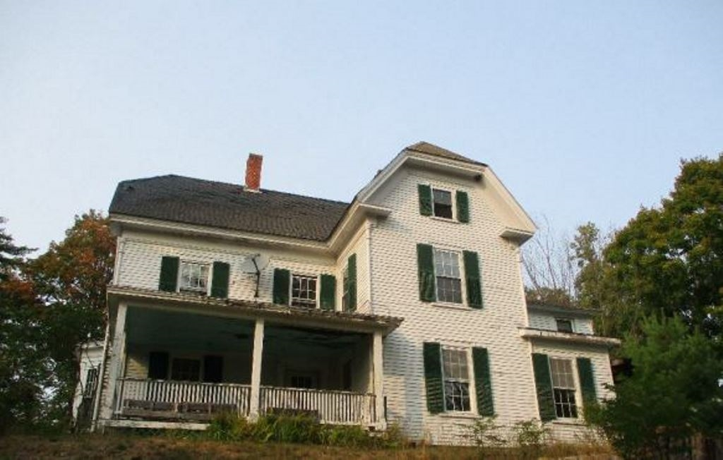 Real Estate  in Wakefield NH