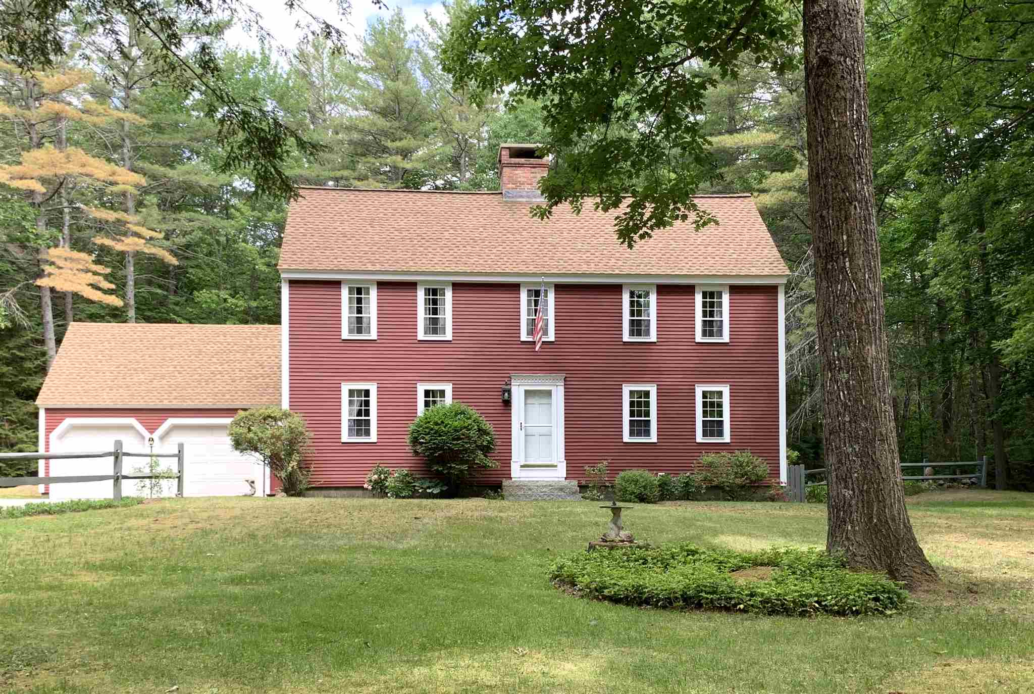 NEW LONDON NH Home for sale $$425,000 | $217 per sq.ft.
