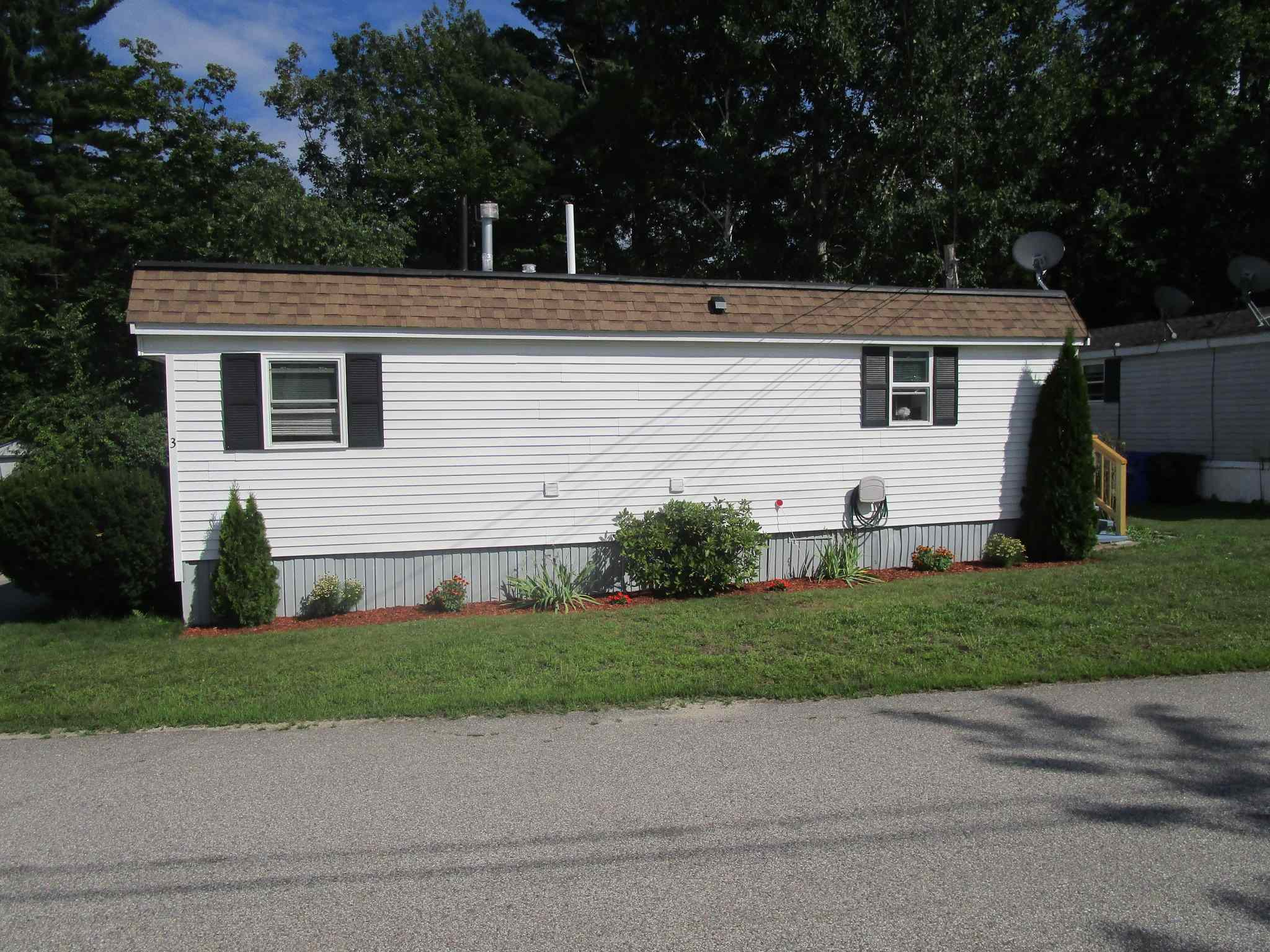 MLS 4816875: 3 Pond View Drive, Hudson NH