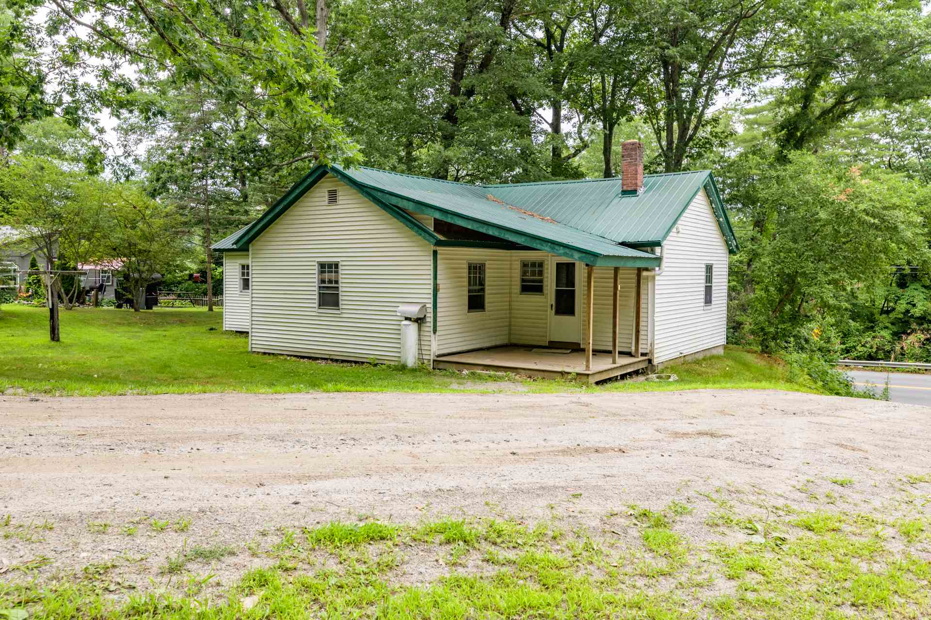 Charlestown NH 03603Home for sale $List Price is $85,000