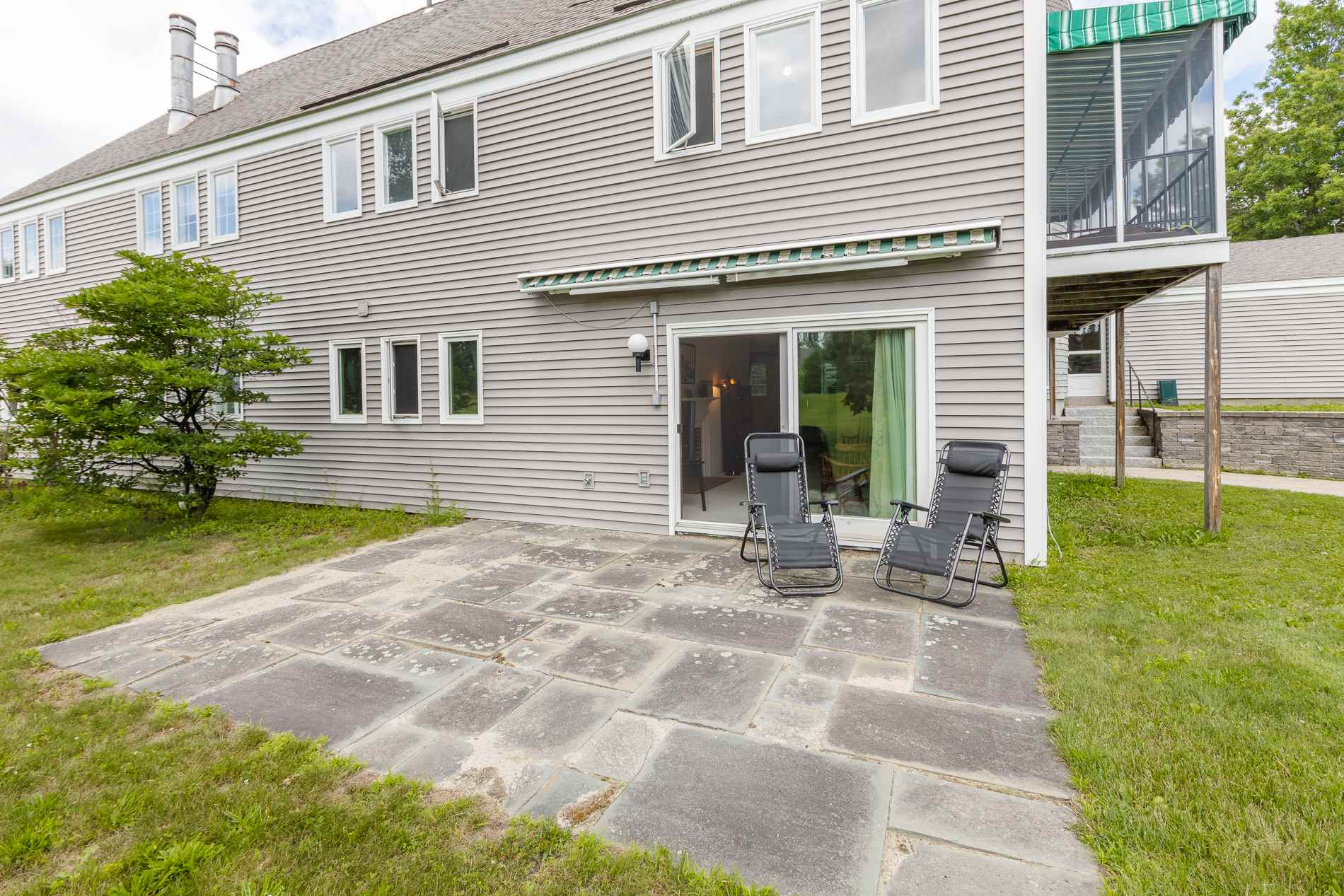 MLS 4817783: 44 Hilltop Place, New London NH
