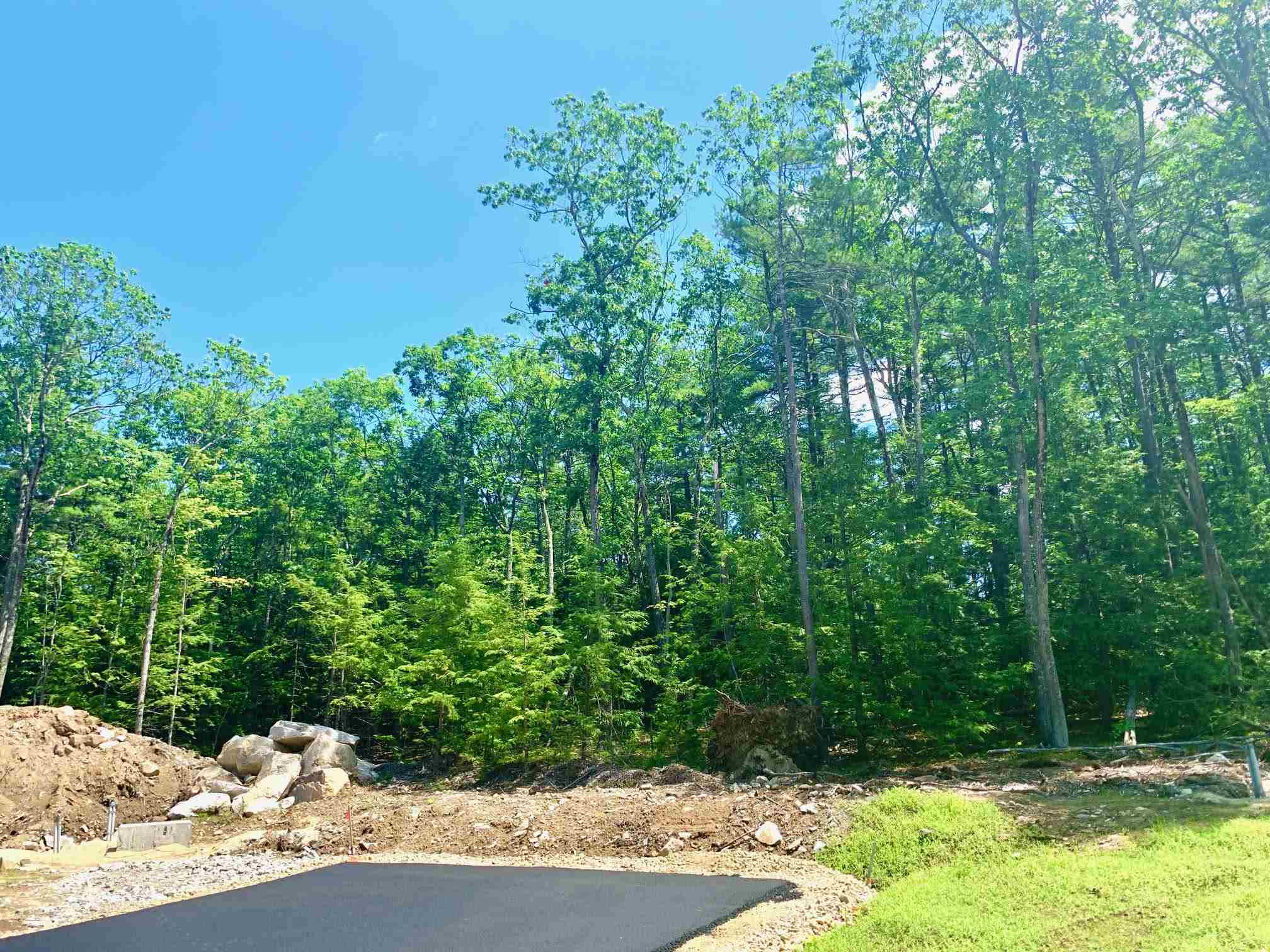 MLS 4818490: Lot 18 Gatchel Way, Amherst NH