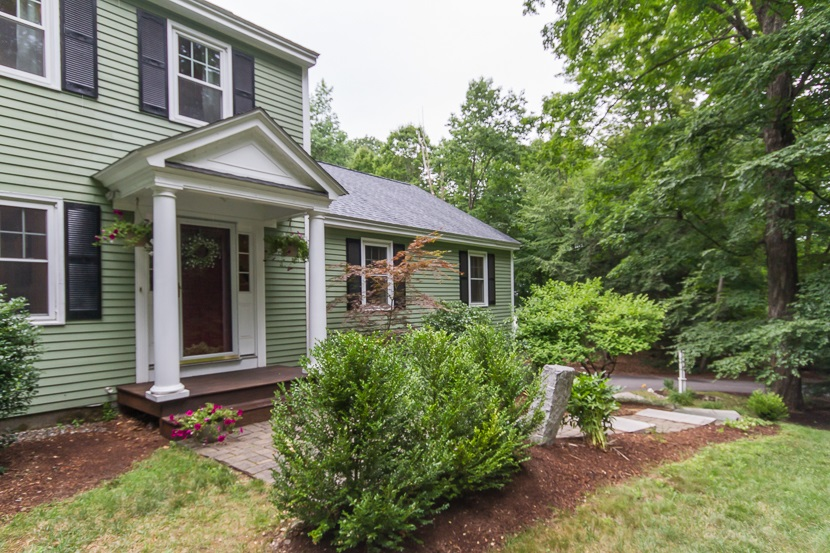 58 Buttonwood Road, Bedford, NH 03110