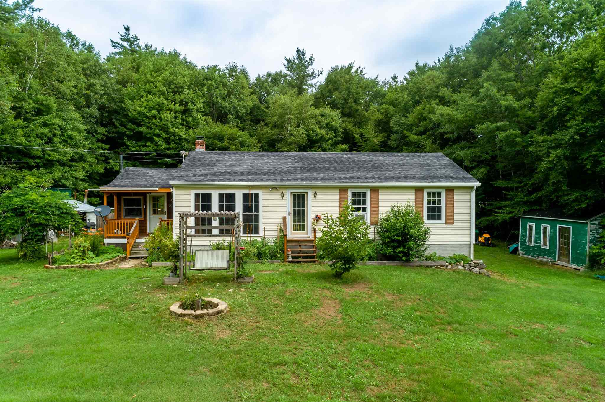 MLS 4818663: 24 Westminster Drive, Fitzwilliam NH