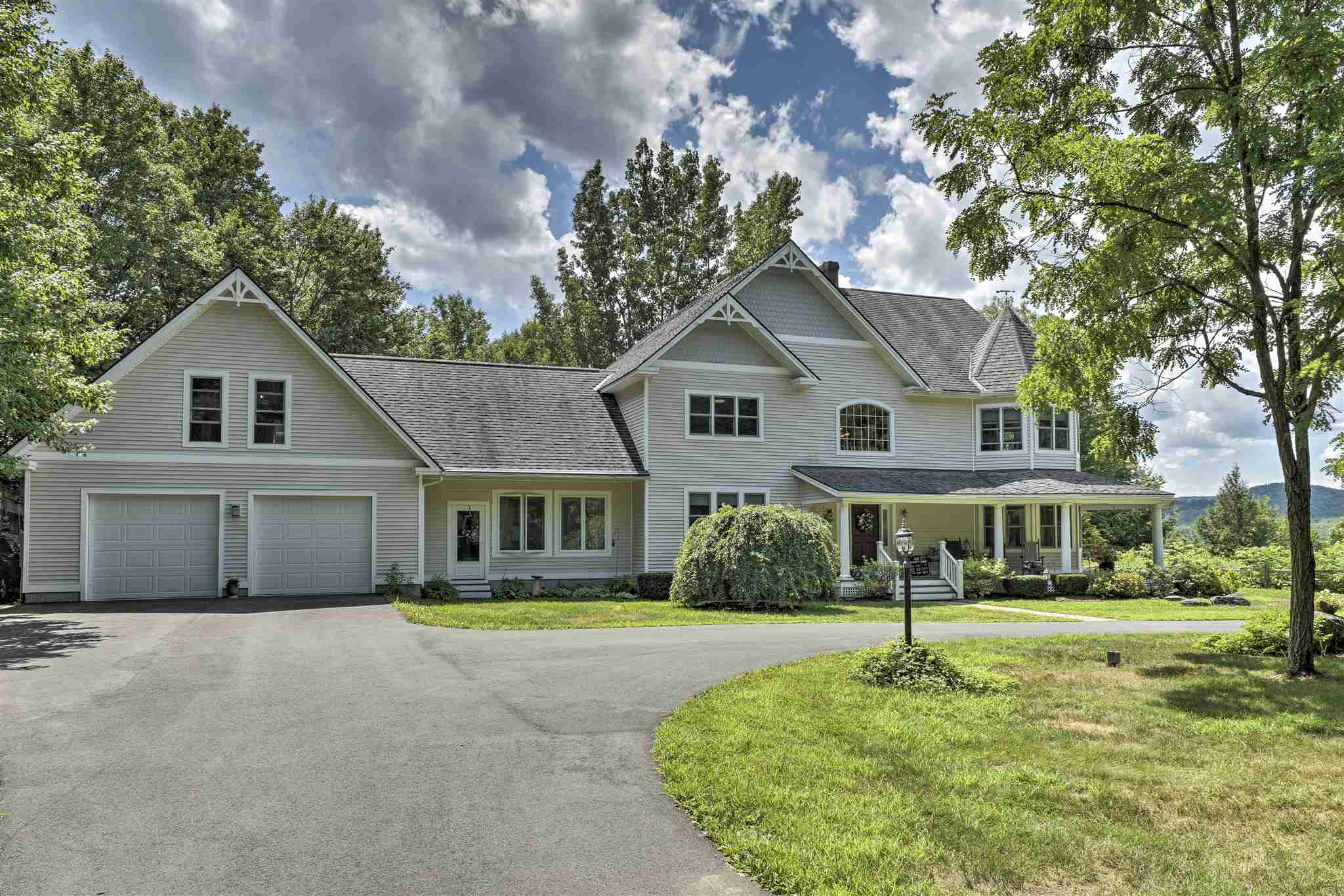 MLS 4818780: 20 Blanchard Brook Circle, Walpole NH