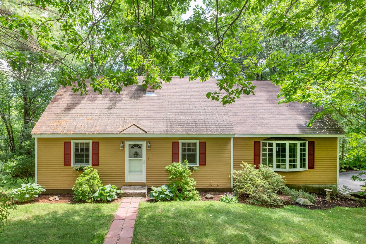 287 Wallace Road, Bedford, NH 03110