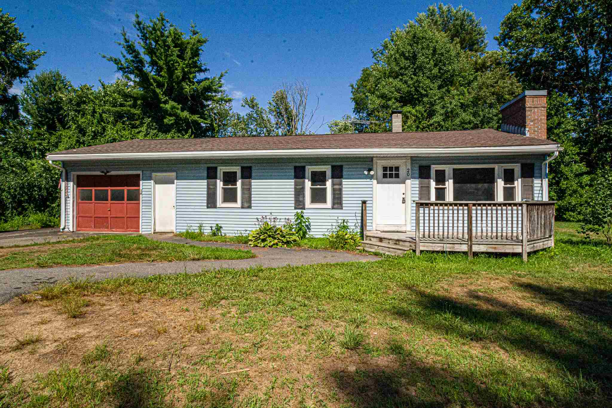 MLS 4819666: 20 London Bridge Road, Windham NH
