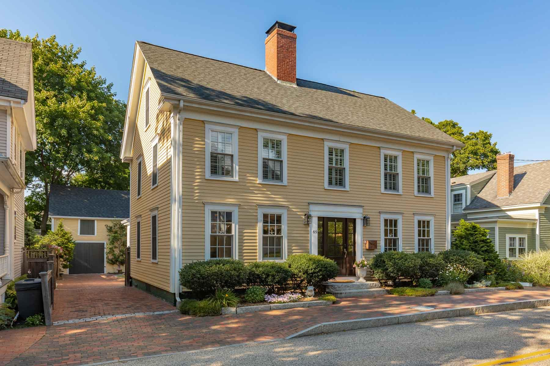 Photo of 69 New Castle Avenue Portsmouth NH 03801