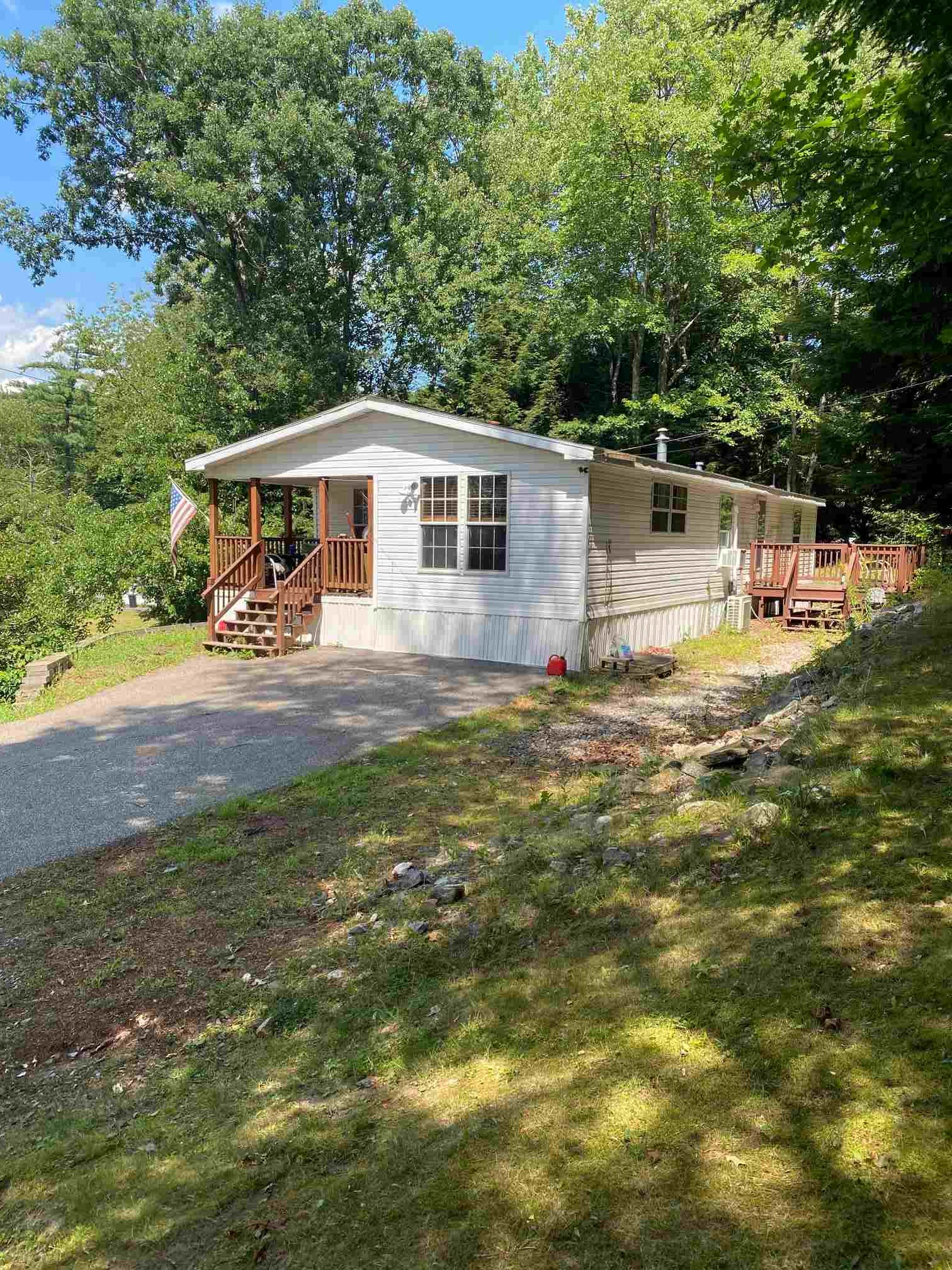 MLS 4819696: 17 Spring Street-Unit 17, Derry NH