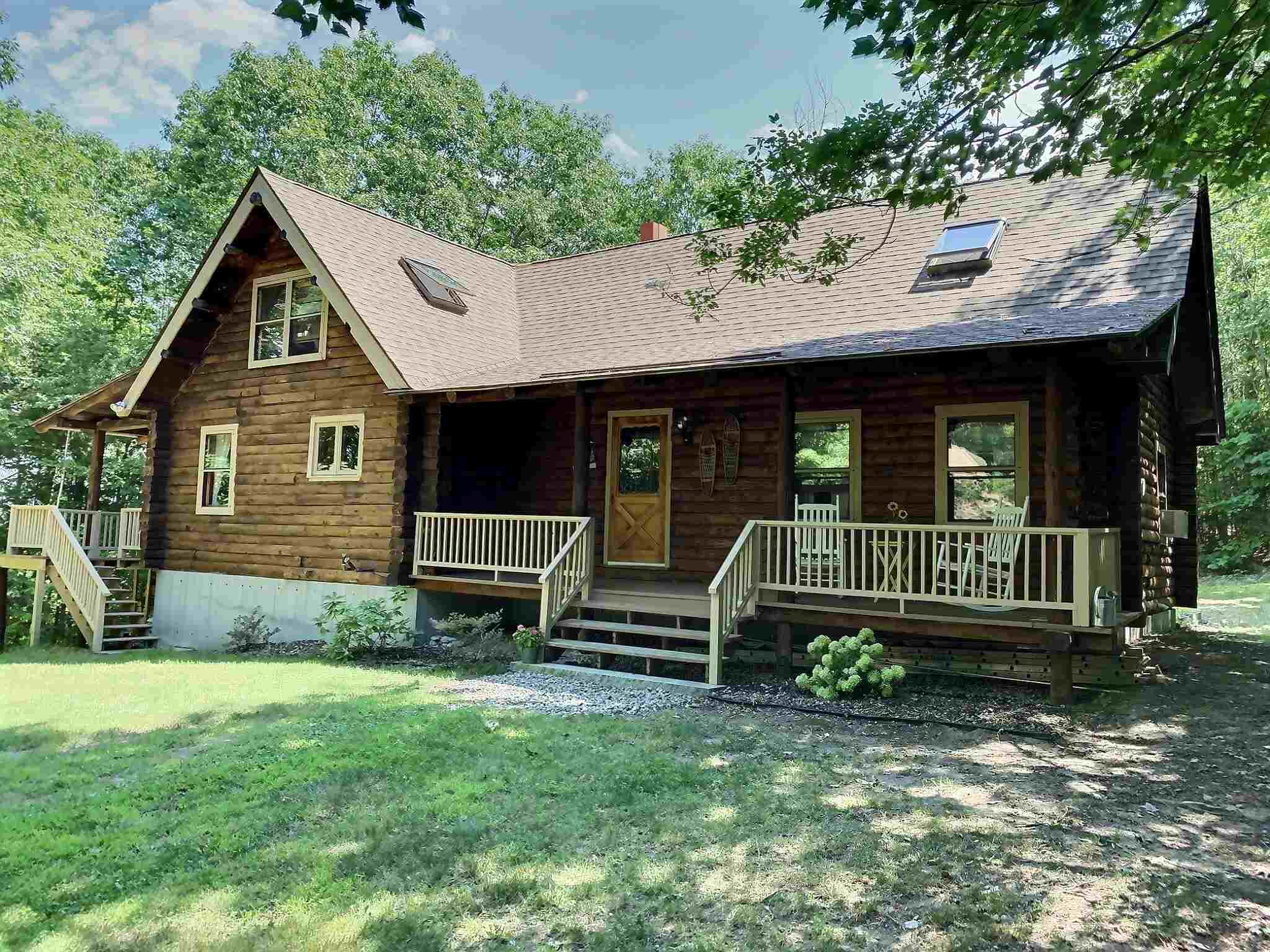 MLS 4819700: 314 Cross Hill Road, Wilmot NH