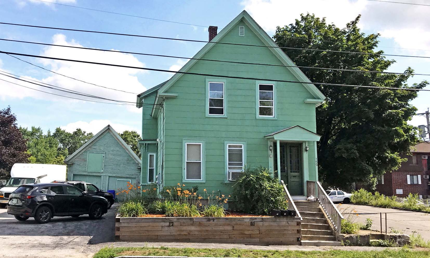 Photo of 759 Grove Street Manchester NH 03103